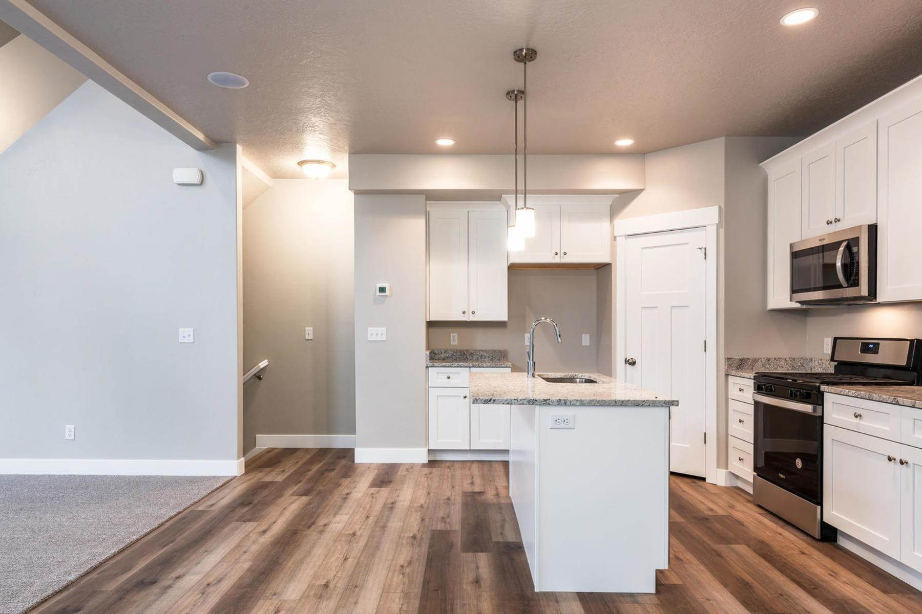 4. townhouses for Sale at The Tribeca Unit 35 At The Ridge At Spanish Fork 894 South 2560 East, #35 Spanish Fork, Utah 84660 United States