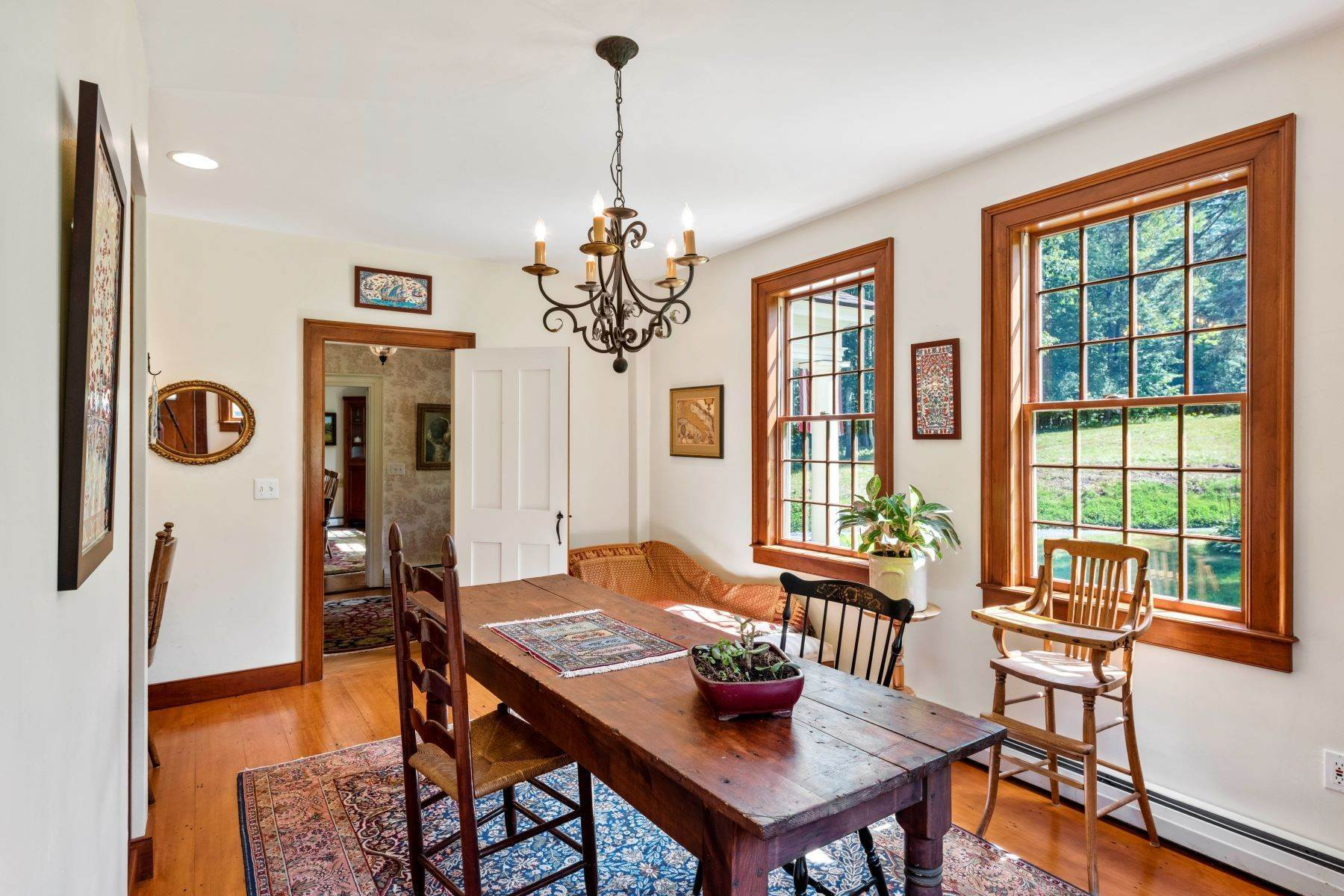 14. Single Family Homes for Sale at Spectacular Country Estate 28 Loomis Road Lebanon, New Hampshire 03766 United States