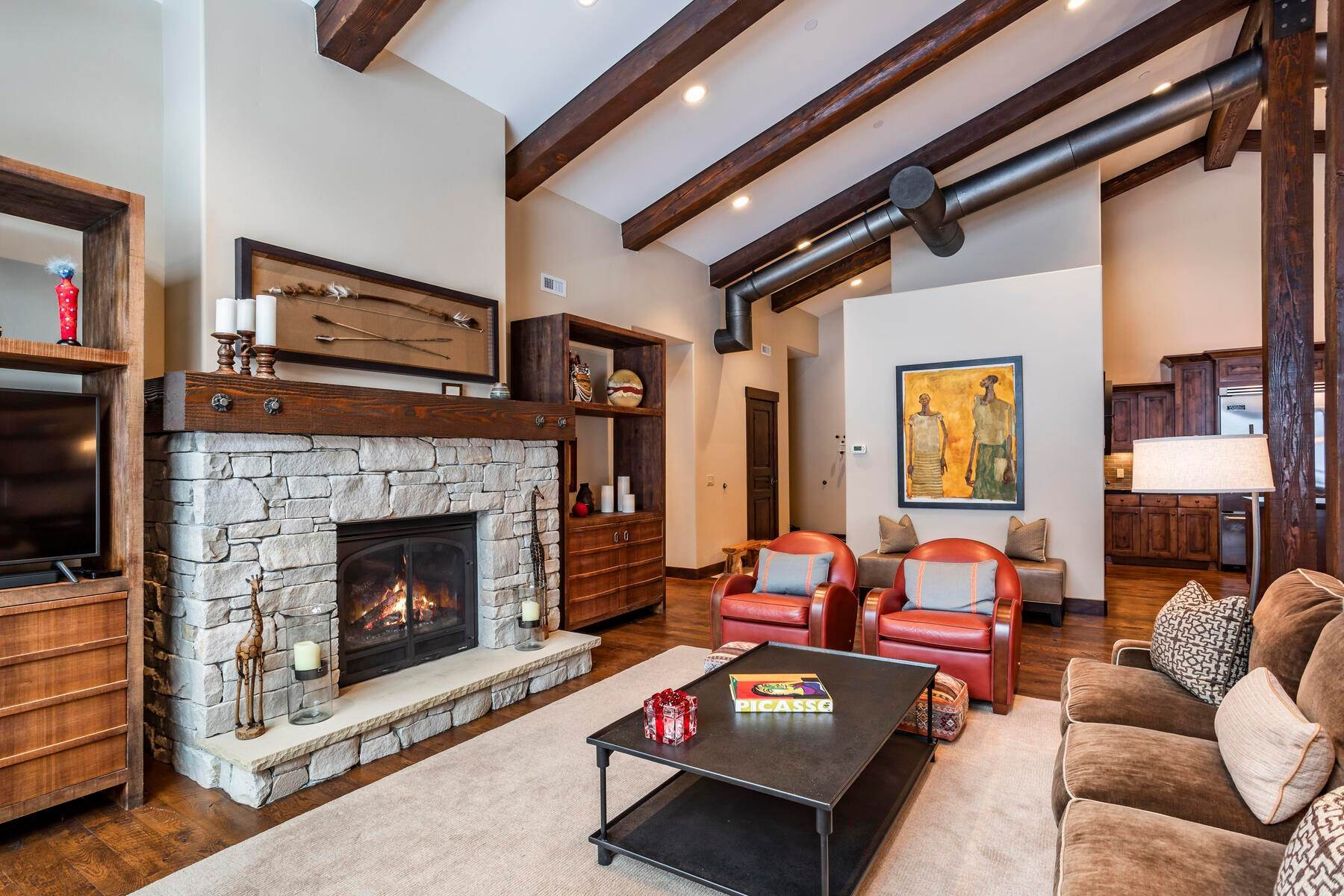 4. Condominiums for Sale at Silver Star's Rarest 3 Bedroom Stacked Flat 1825 Three Kings Dr #4303 Park City, Utah 84060 United States