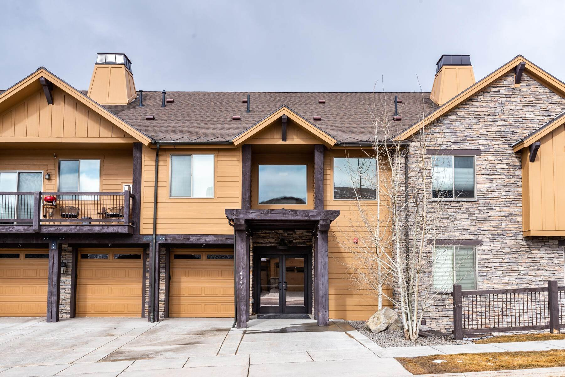 19. Condominiums for Sale at 3 Bedrooms Under $500k Within Minutes of Park City 14345 N Buck Horn Trail E Kamas, Utah 84036 United States