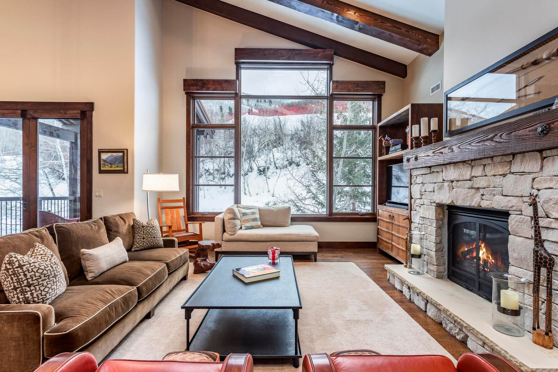 8. Condominiums for Sale at Silver Star's Rarest 3 Bedroom Stacked Flat 1825 Three Kings Dr #4303 Park City, Utah 84060 United States