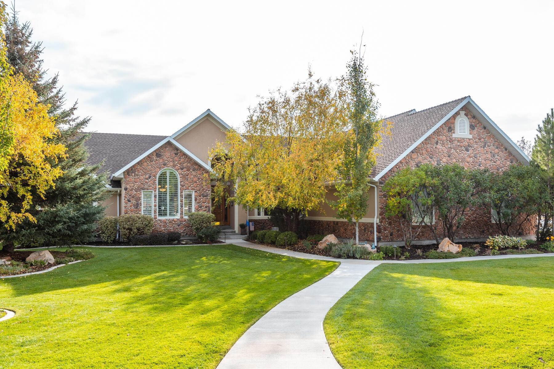 Property for Sale at Exciting 5,000 Sq Ft Home on 1/2 Acre in Midway at Lacy Lane 900 N 440 E Martha Lane Midway, Utah 84049 United States
