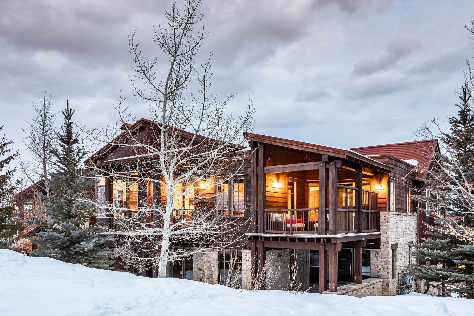 Condominiums for Sale at Silver Star's Rarest 3 Bedroom Stacked Flat 1825 Three Kings Dr #4303 Park City, Utah 84060 United States