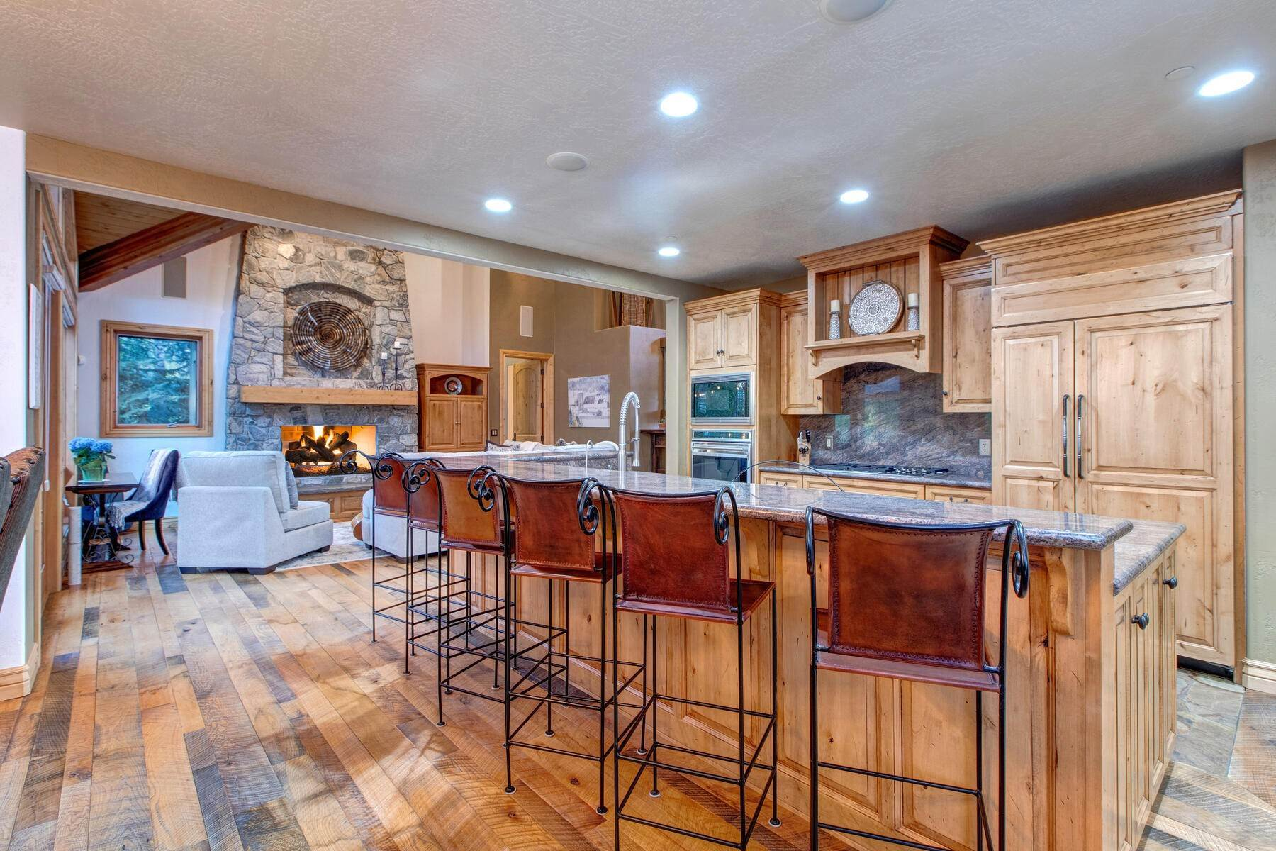 9. Single Family Homes for Sale at Your Private Oasis in the Heart of Park City 2692 Ruminant Road Park City, Utah 84060 United States
