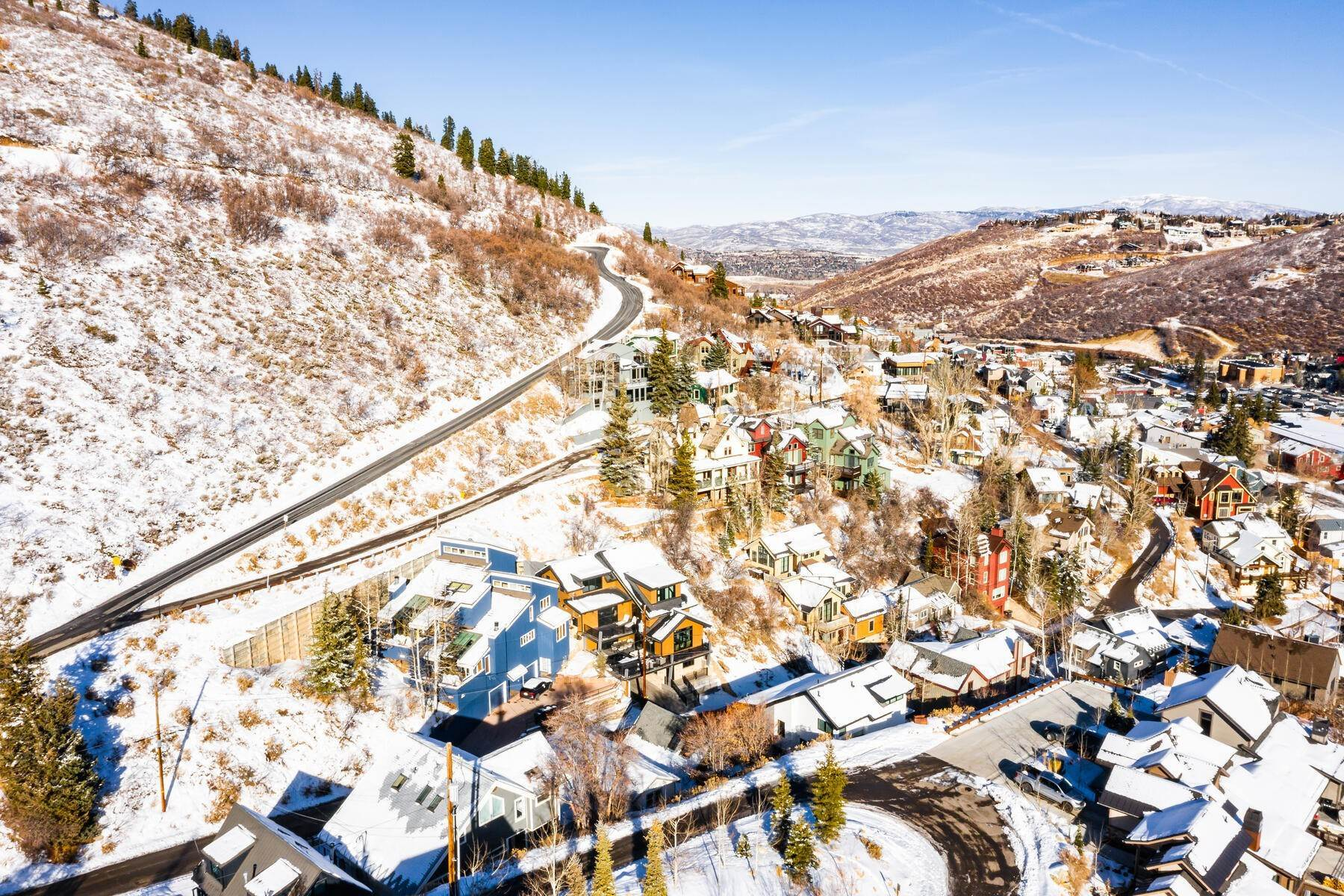 28. Single Family Homes for Sale at A Prime Redevelopment Opportunity in Old Town Park City 91 King Road Park City, Utah 84060 United States