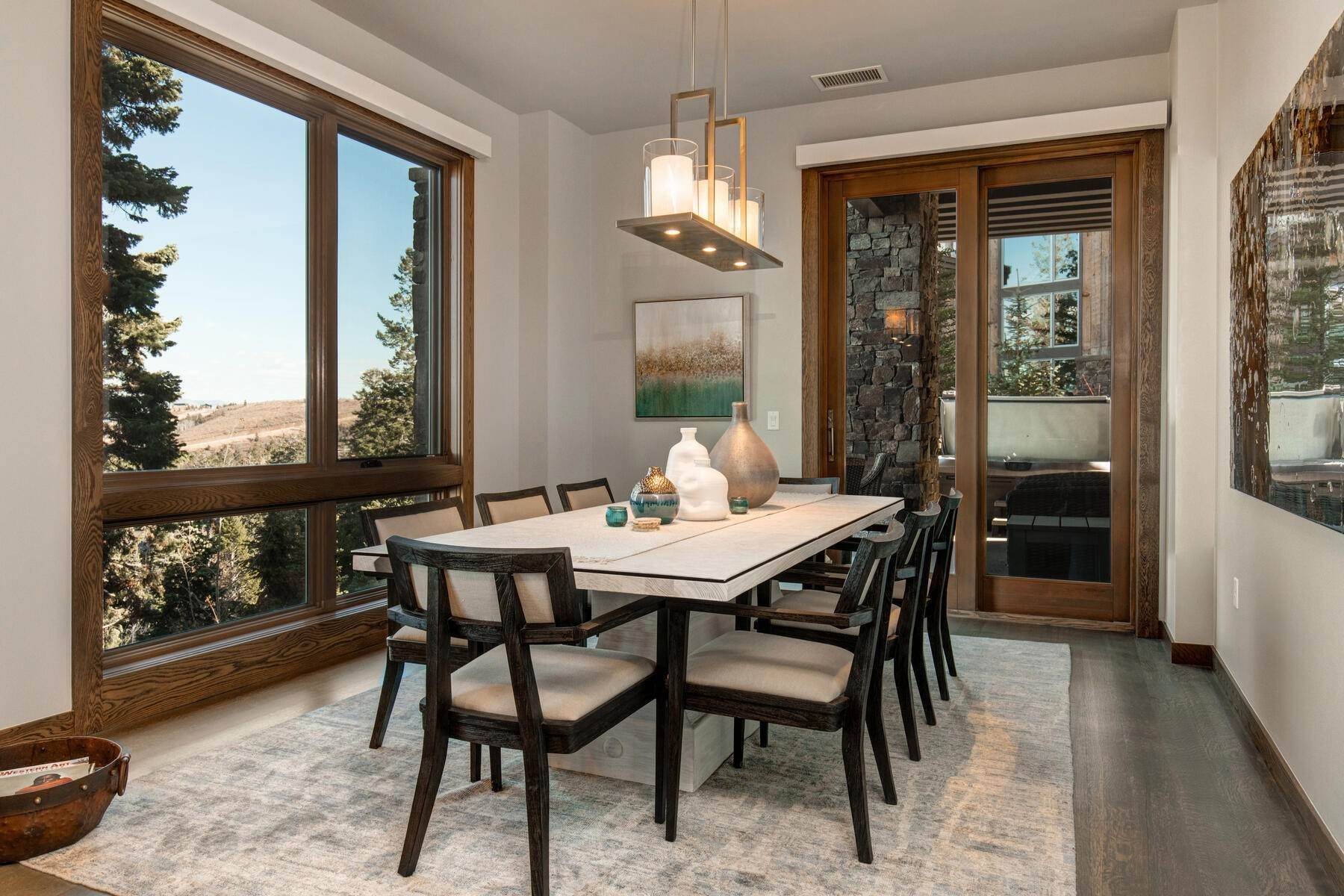 9. Condominiums for Sale at Ski-In Ski-Out Alpine Luxury Living at Stein Eriksen Residences 6702 Stein Circle #131 Park City, Utah 84060 United States
