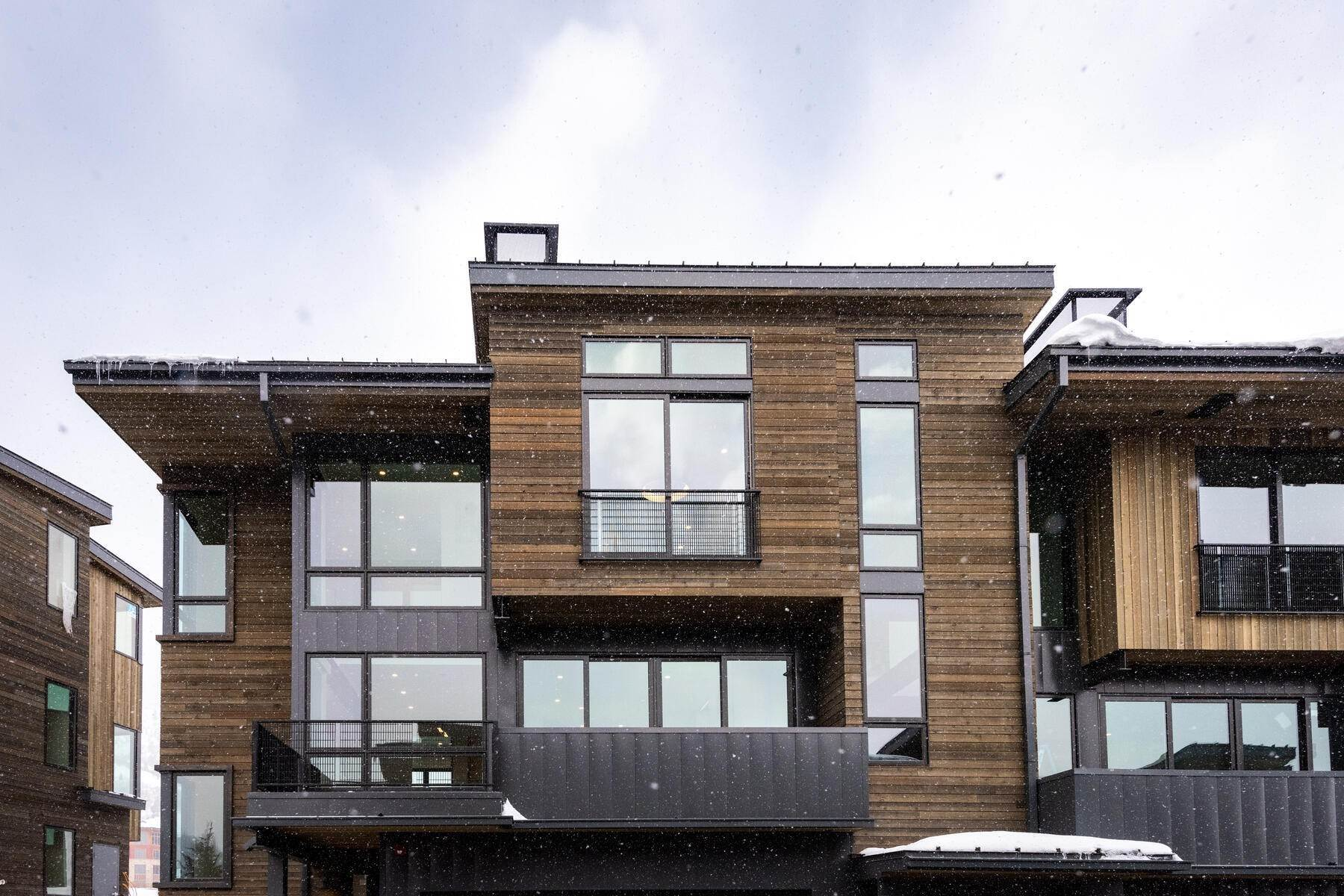2. townhouses for Sale at Ski In Townhomes In Canyons Village 3471 Ridgeline Drive Park City, Utah 84098 United States