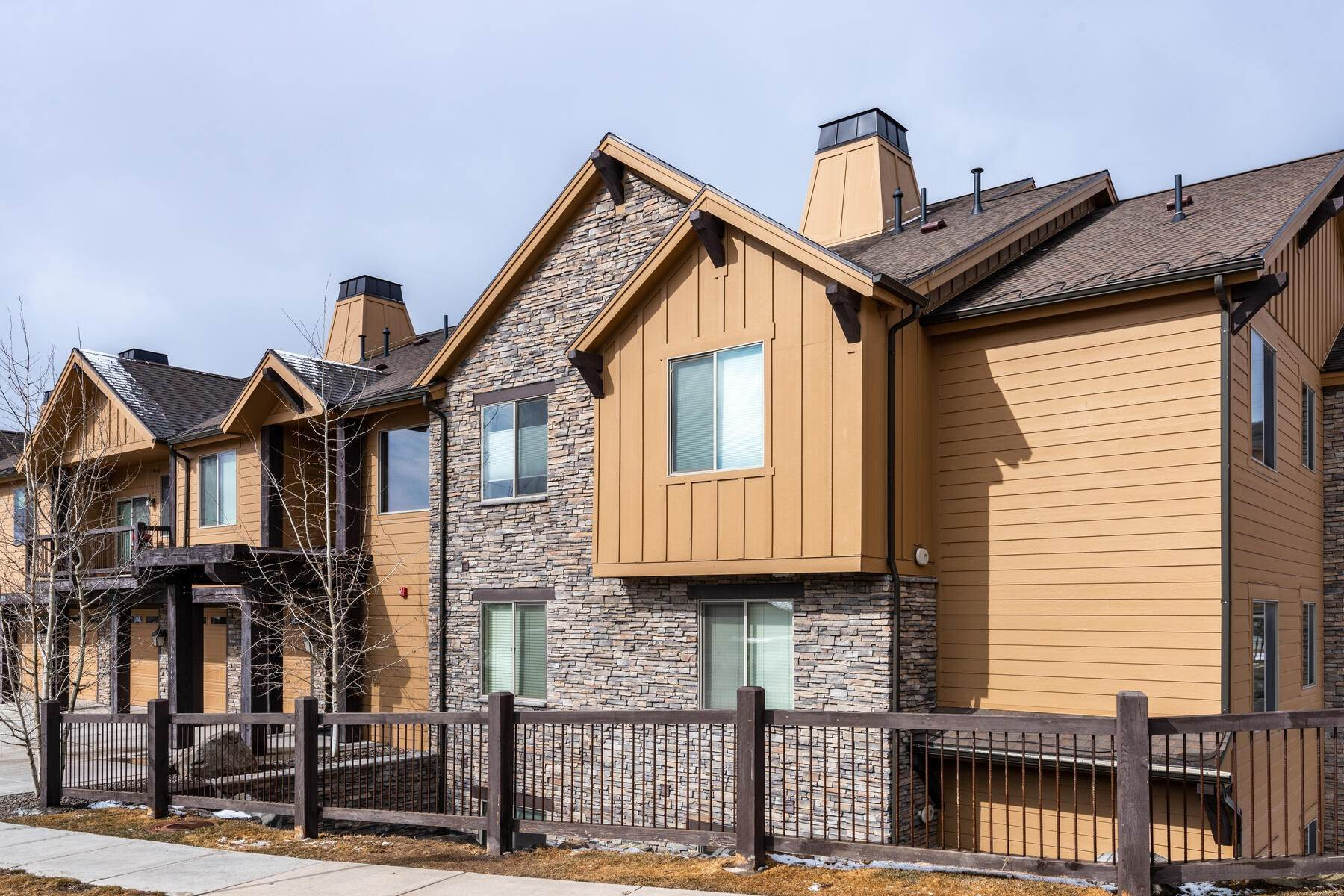 20. Condominiums for Sale at 3 Bedrooms Under $500k Within Minutes of Park City 14345 N Buck Horn Trail E Kamas, Utah 84036 United States