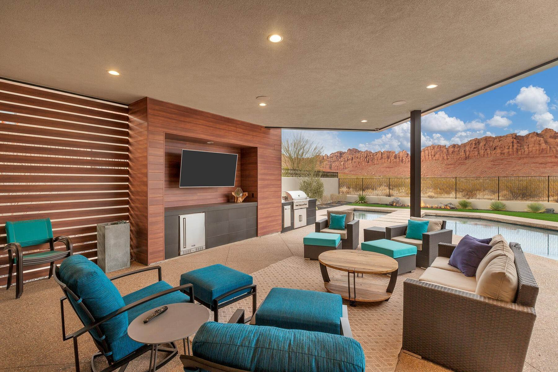 35. Single Family Homes for Sale at Modern Luxury Living In Snow Canyon 362 N Turtle Point Dr Ivins, Utah 84738 United States