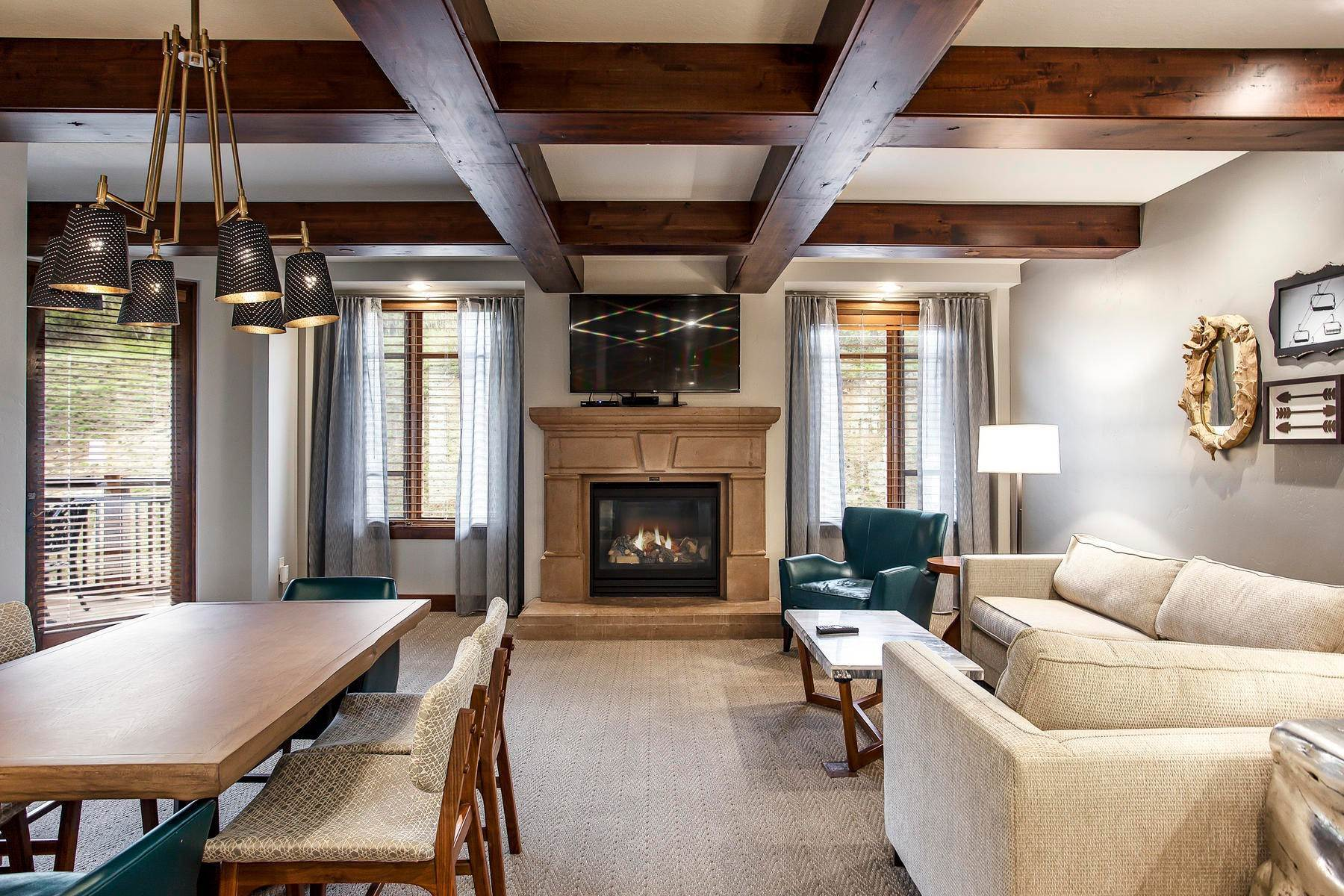 Condominiums for Sale at Fully Furnished Ski Condo 3551 N Escala Court #416 Park City, Utah 84098 United States