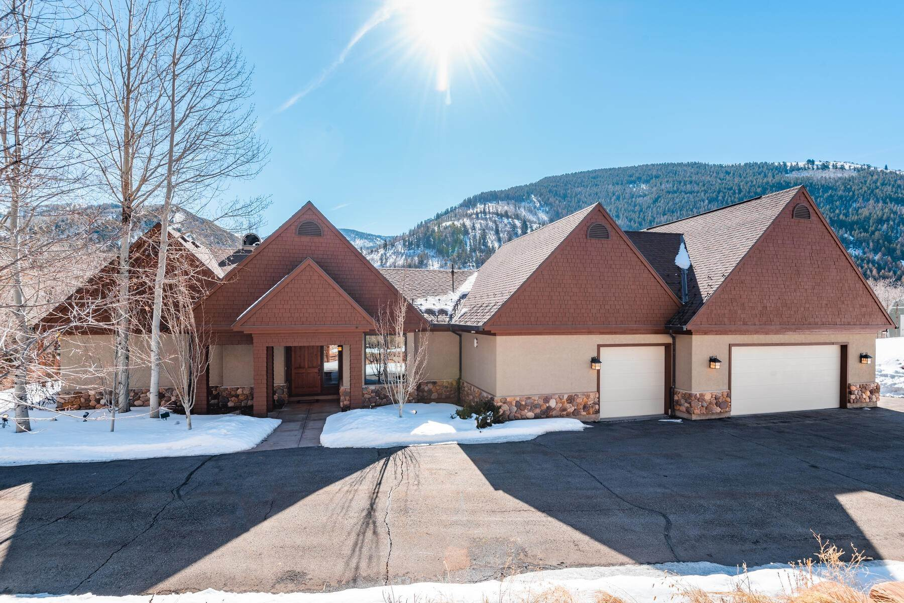 Single Family Homes for Sale at Weber Canyon Home on 6.4 Acres 2572 W Weber Canyon Road Oakley, Utah 84055 United States