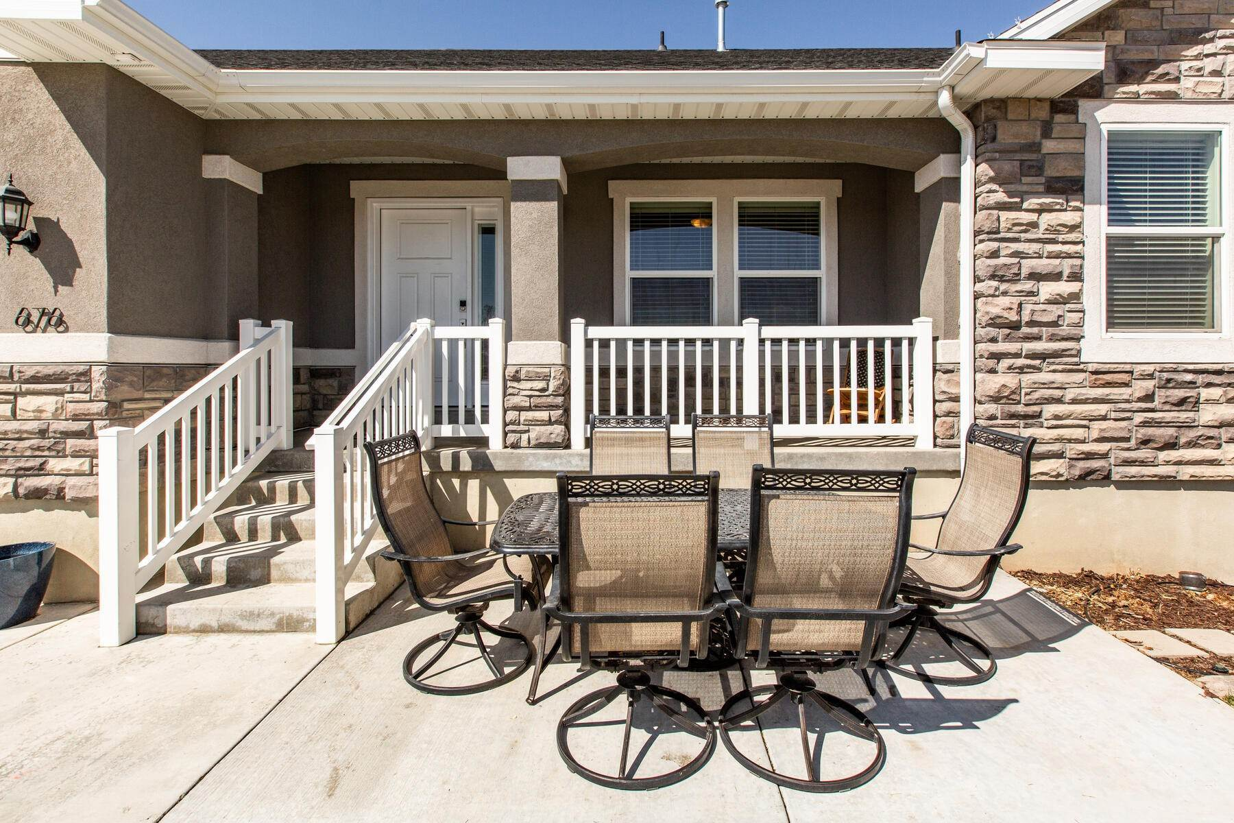 34. Single Family Homes for Sale at Beautiful Home in Quiet Neighborhood. 676 South 930 East Heber City, Utah 84032 United States