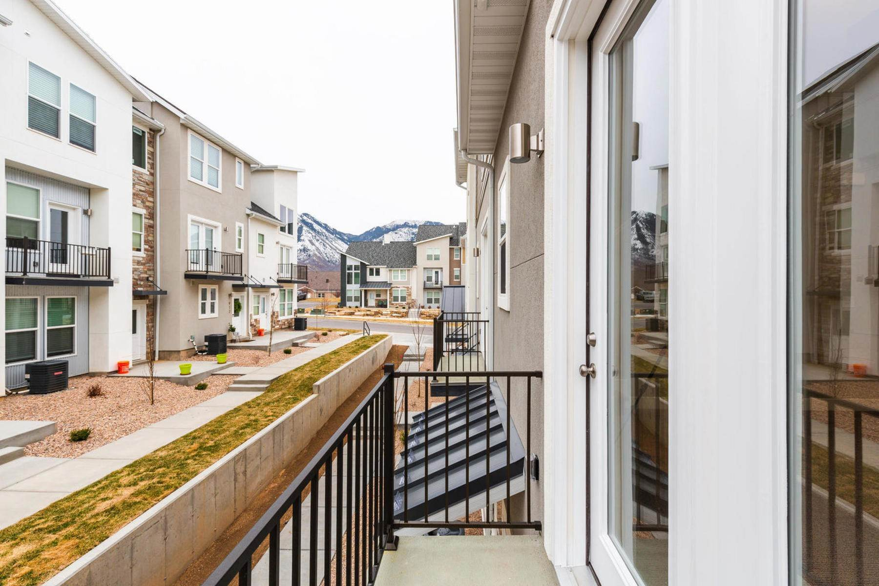 22. townhouses for Sale at The Tribeca Unit 35 At The Ridge At Spanish Fork 894 South 2560 East, #35 Spanish Fork, Utah 84660 United States
