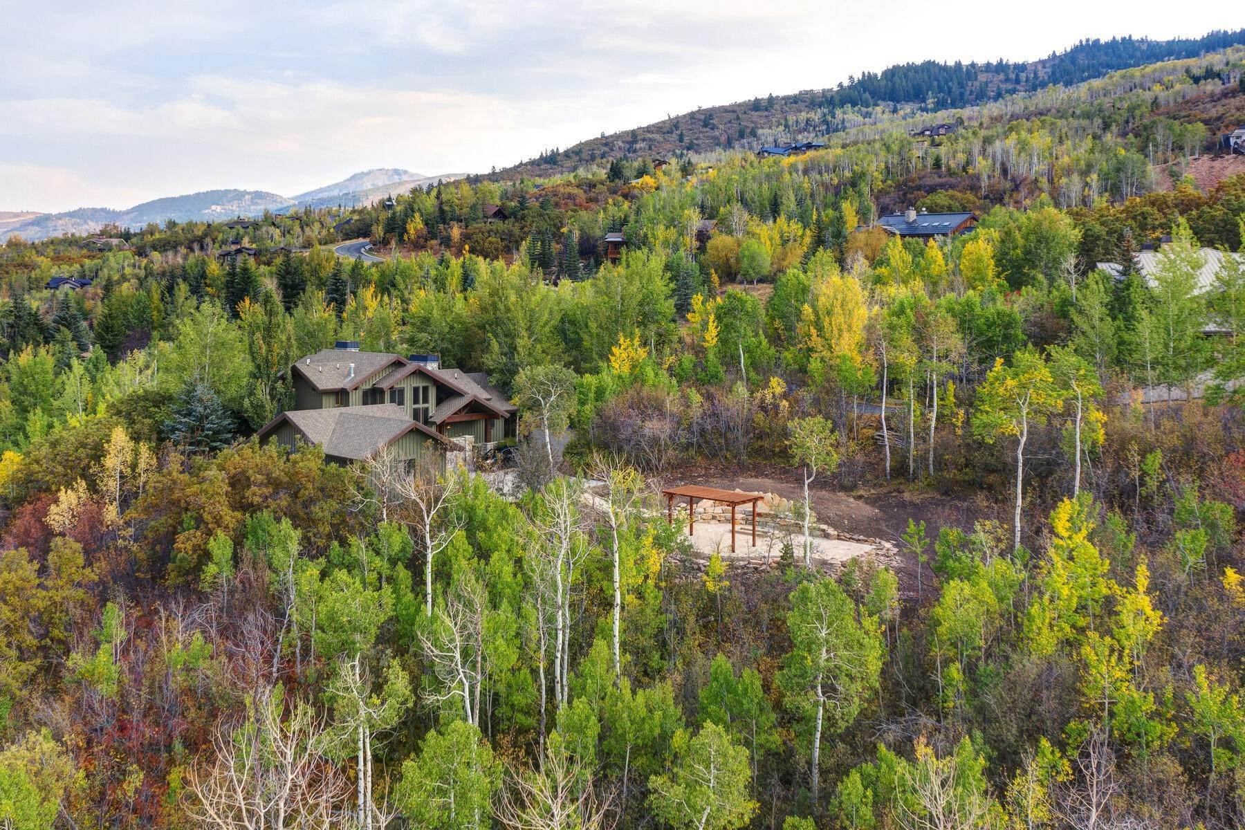49. Single Family Homes for Sale at Your Private Oasis in the Heart of Park City 2692 Ruminant Road Park City, Utah 84060 United States