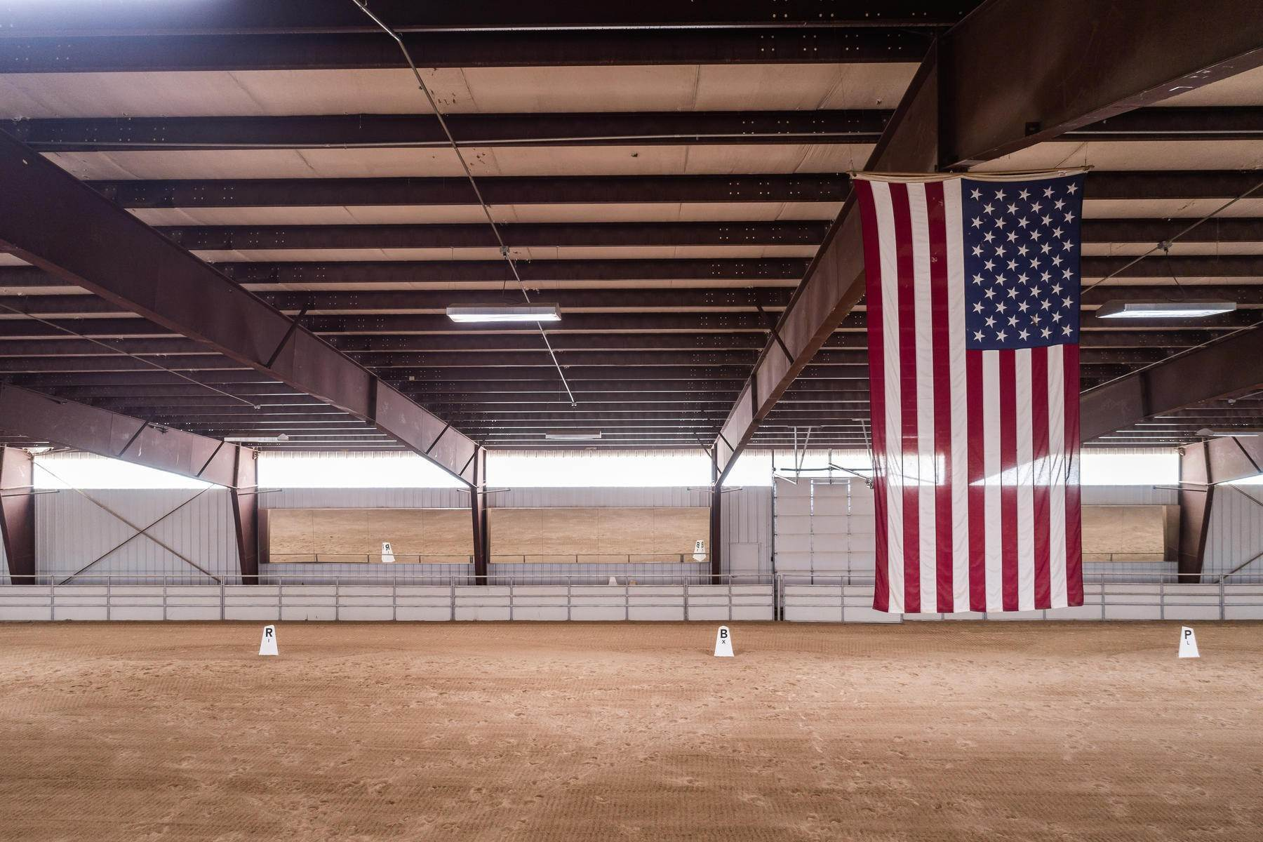 14. Farm and Ranch Properties for Sale at Shamans Circle Ranch—61 Acres with an Indoor Riding Facility in Heber 1336 N 1750 W Heber City, Utah 84032 United States