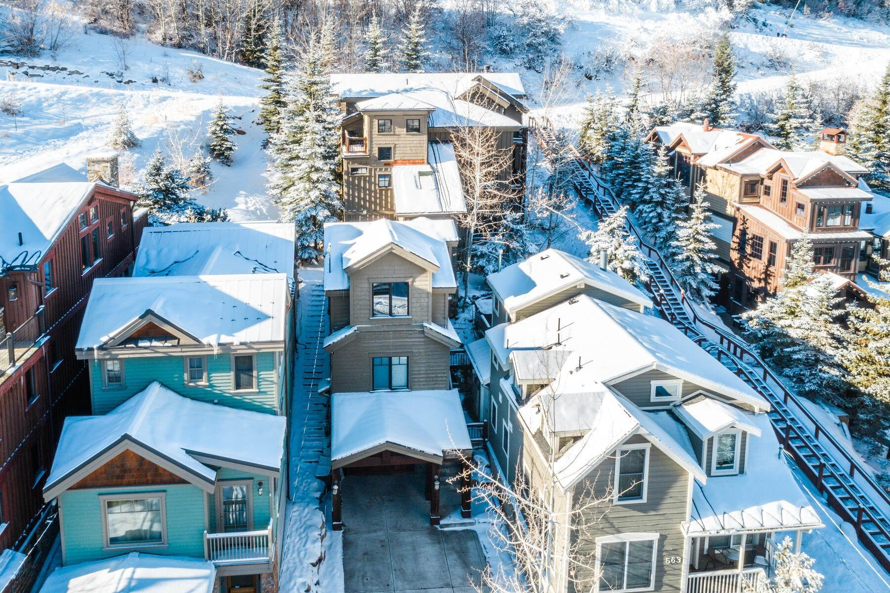 "45. Single Family Homes for Sale at ""The Woodside Estate."" Old Town, Park City's Ultimate True Ski-In Residence. 561 Woodside Avenue Park City, Utah 84060 United States"