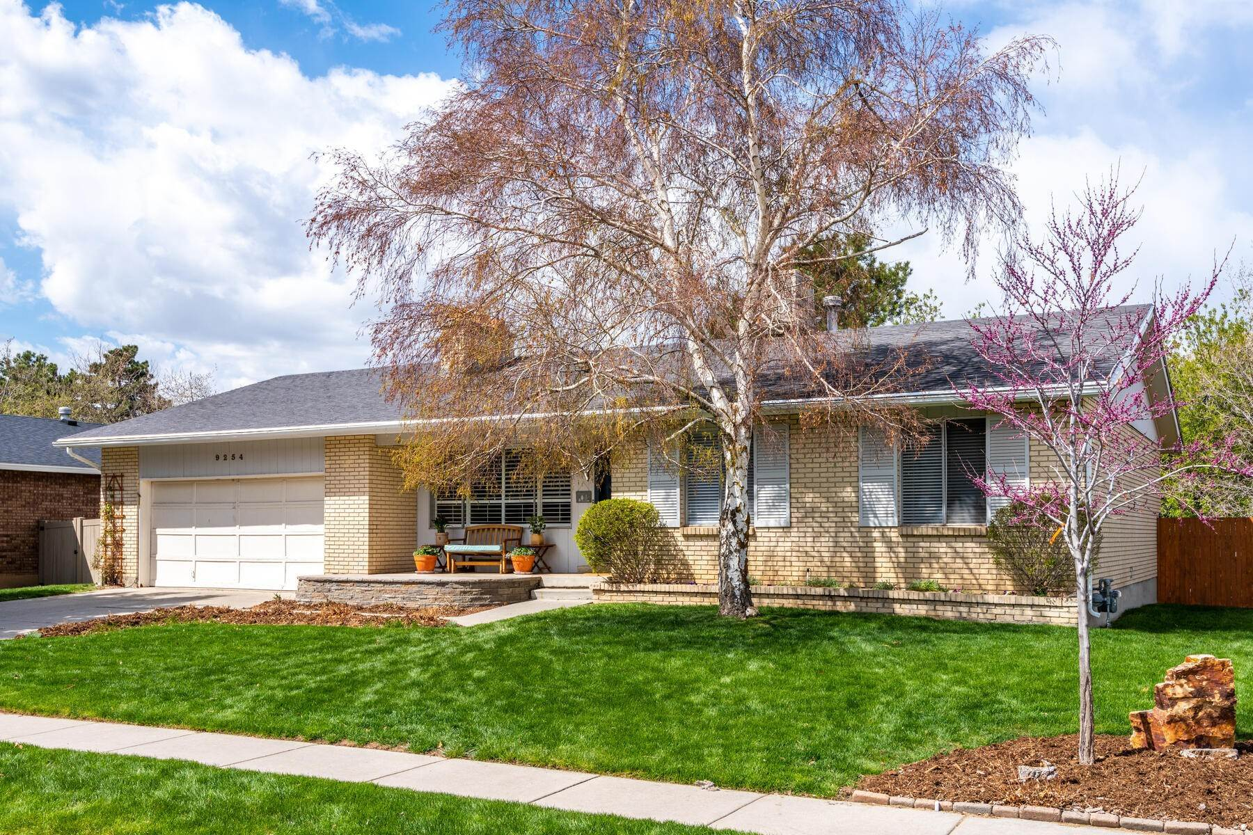 Property for Sale at Quiet & Scenic Sandy Suburb 9254 Alvey Ln Sandy, Utah 84093 United States