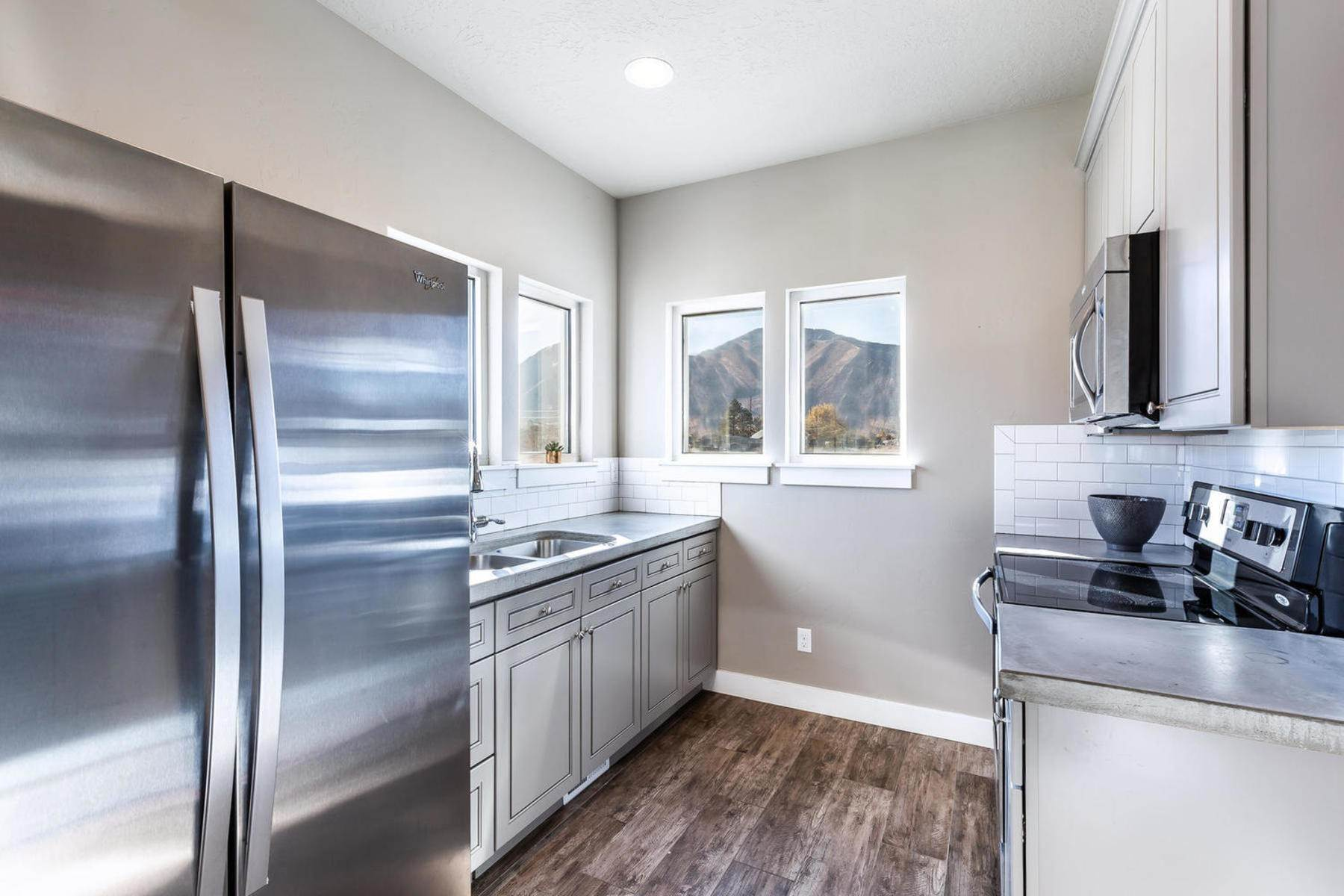 32. townhouses for Sale at The Tribeca Unit 35 At The Ridge At Spanish Fork 894 South 2560 East, #35 Spanish Fork, Utah 84660 United States