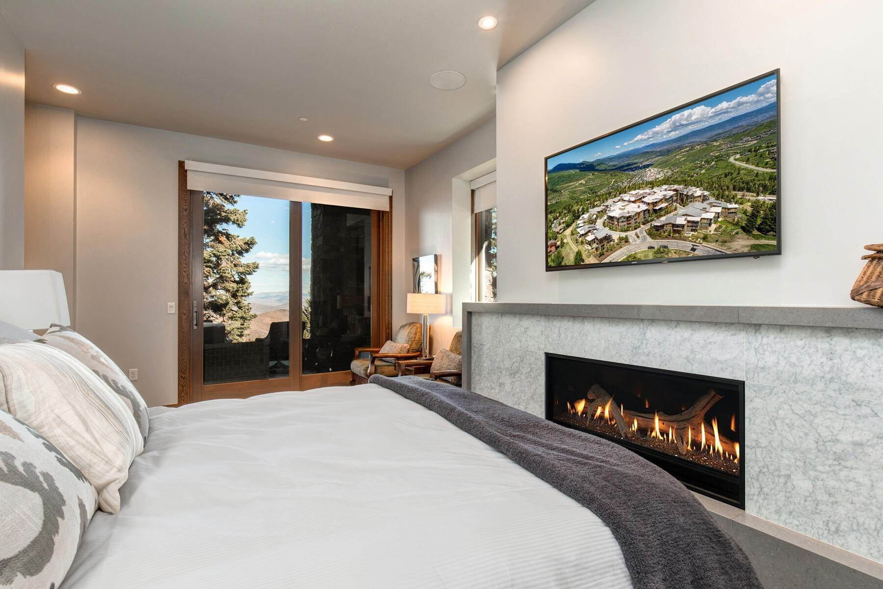 24. Condominiums for Sale at Ski-In Ski-Out Alpine Luxury Living at Stein Eriksen Residences 6702 Stein Circle #131 Park City, Utah 84060 United States