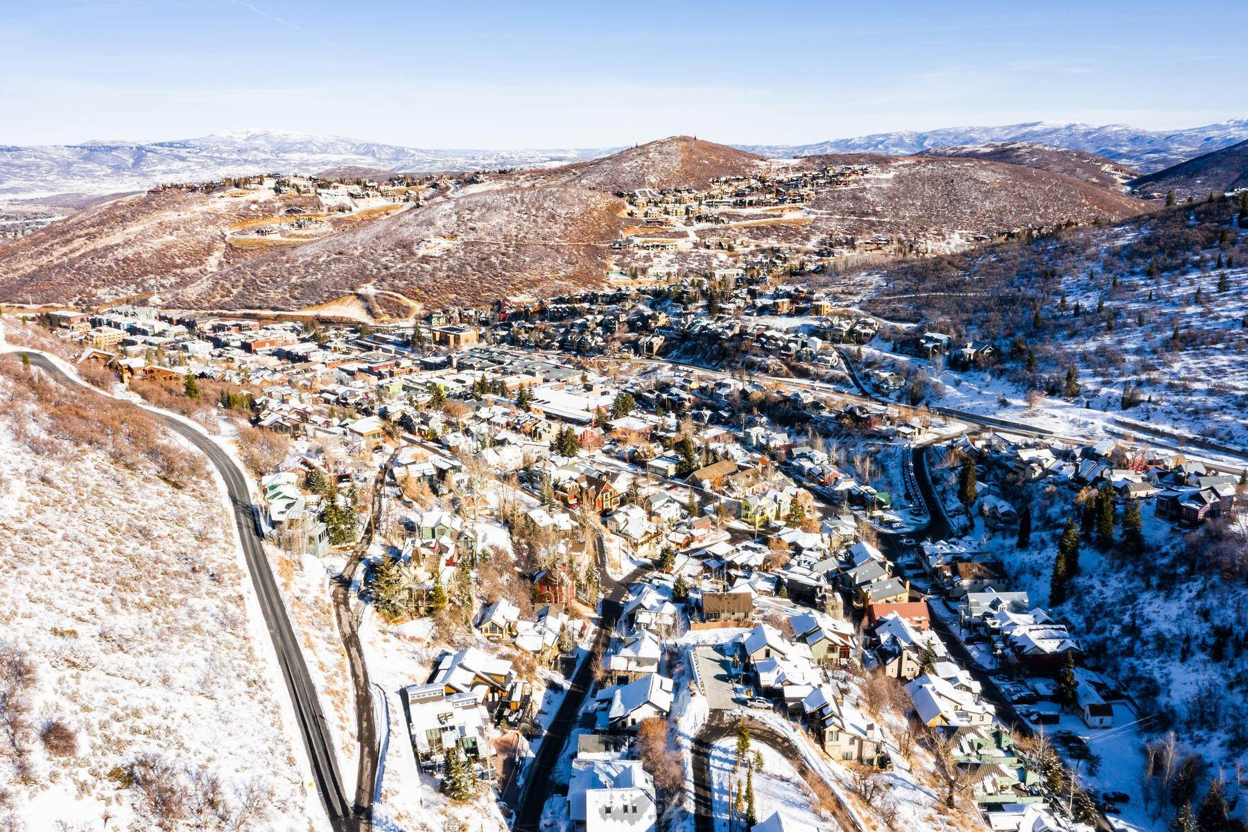 29. Single Family Homes for Sale at A Prime Redevelopment Opportunity in Old Town Park City 91 King Road Park City, Utah 84060 United States