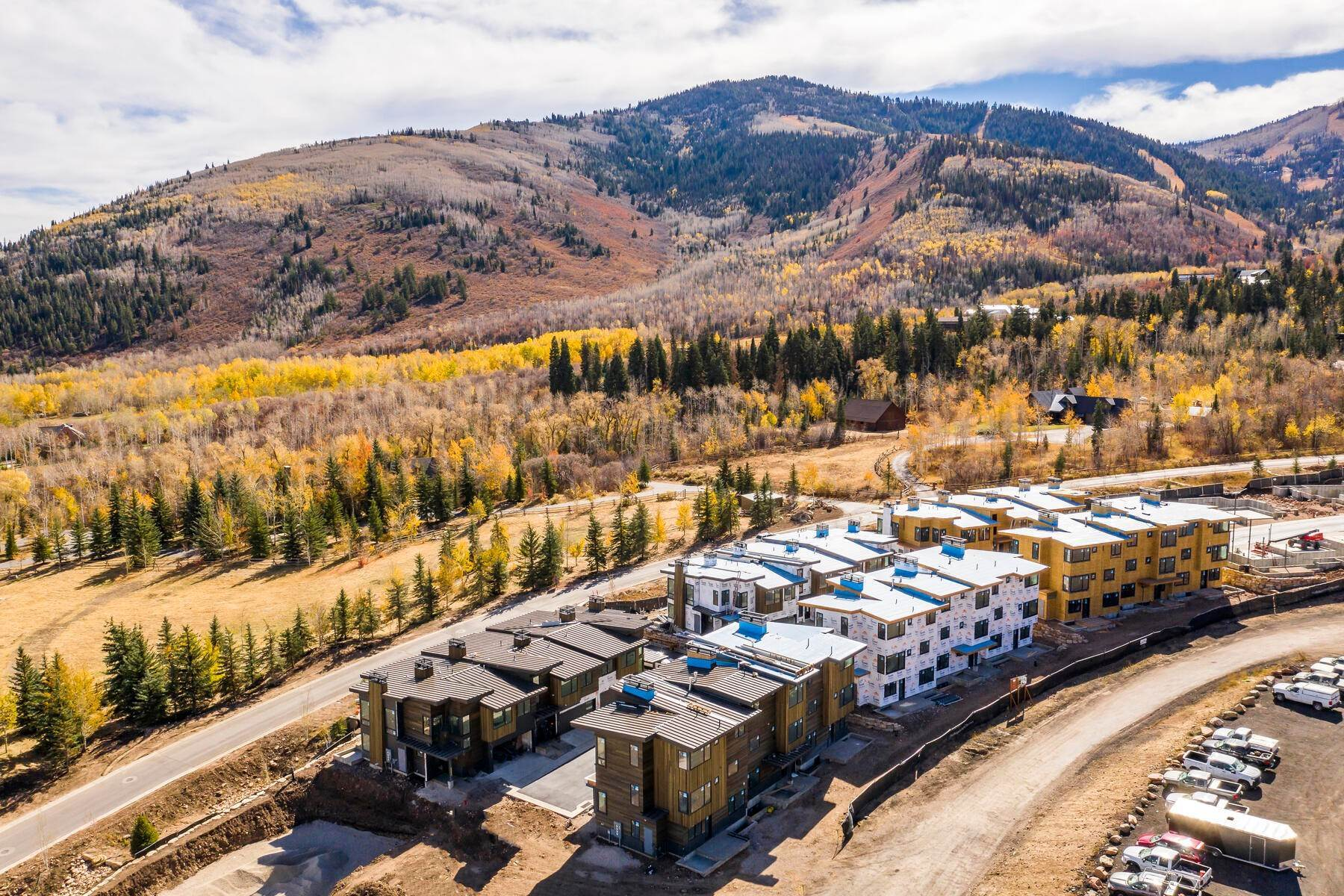 23. townhouses for Sale at Ski-In Townhomes in Canyons Village 3532 Ridgeline Drive Park City, Utah 84098 United States