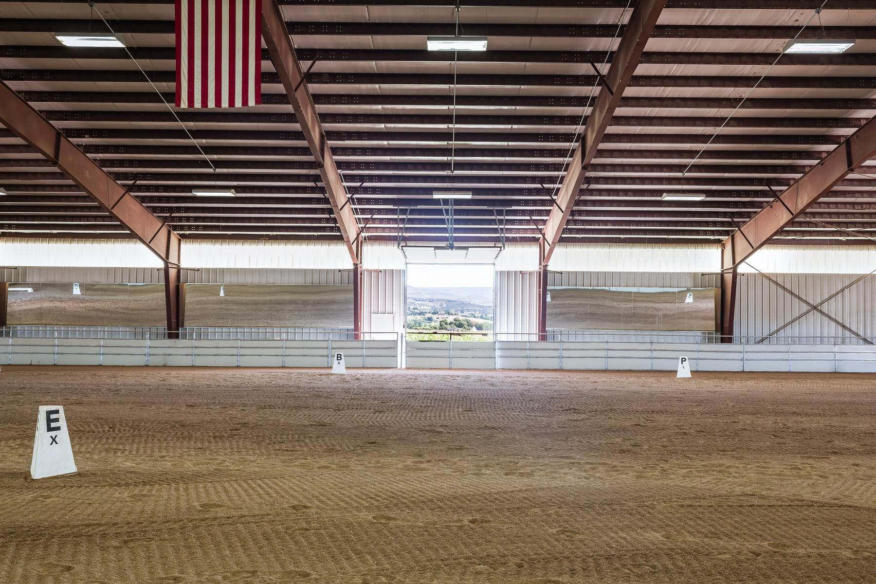 22. Farm and Ranch Properties for Sale at Shamans Circle Ranch—61 Acres with an Indoor Riding Facility in Heber 1336 N 1750 W Heber City, Utah 84032 United States