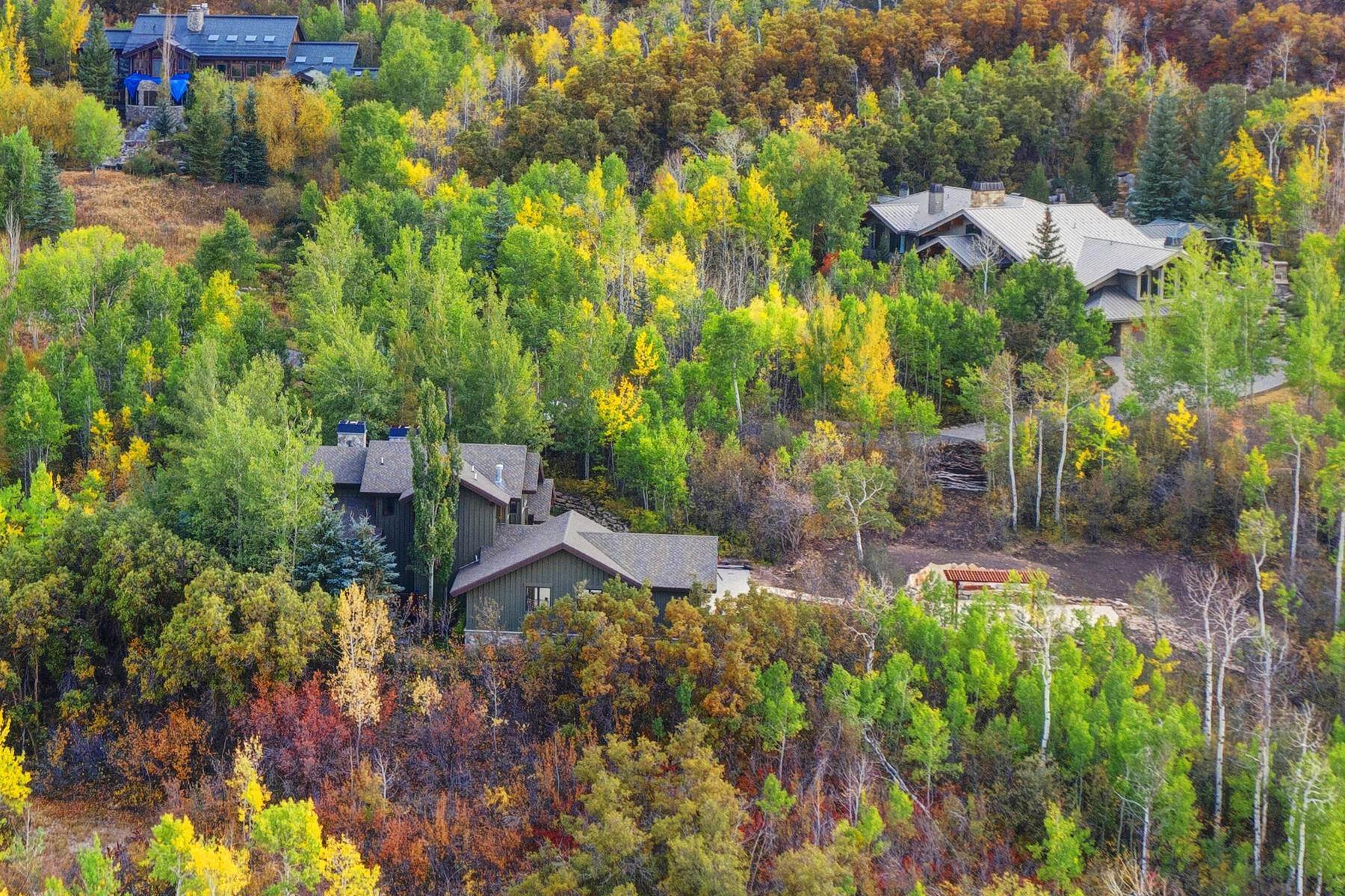 45. Single Family Homes for Sale at Your Private Oasis in the Heart of Park City 2692 Ruminant Road Park City, Utah 84060 United States