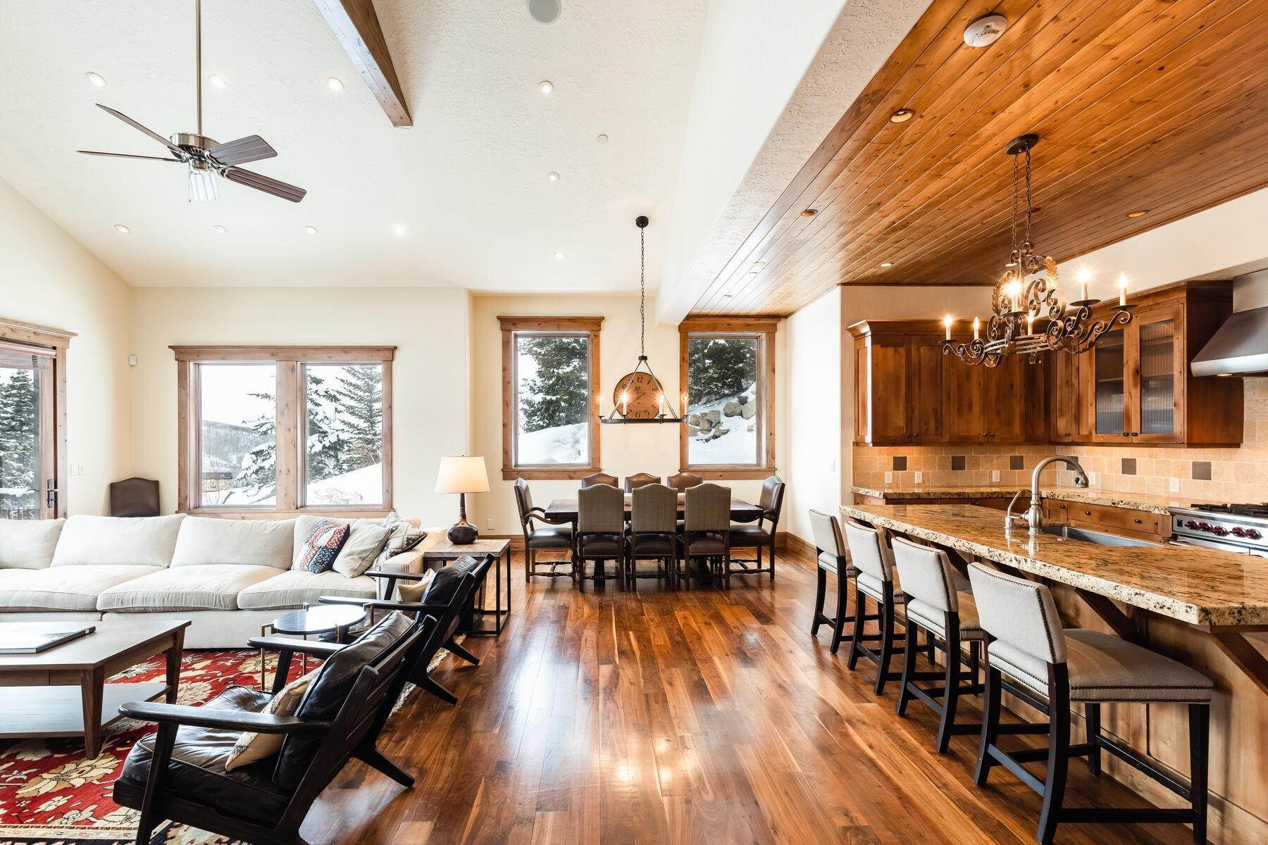 5. townhouses for Sale at Ideally Located and Luxuriously Appointed Lookout at Deer Valley 6565 Lookout Dr #22 Park City, Utah 84060 United States