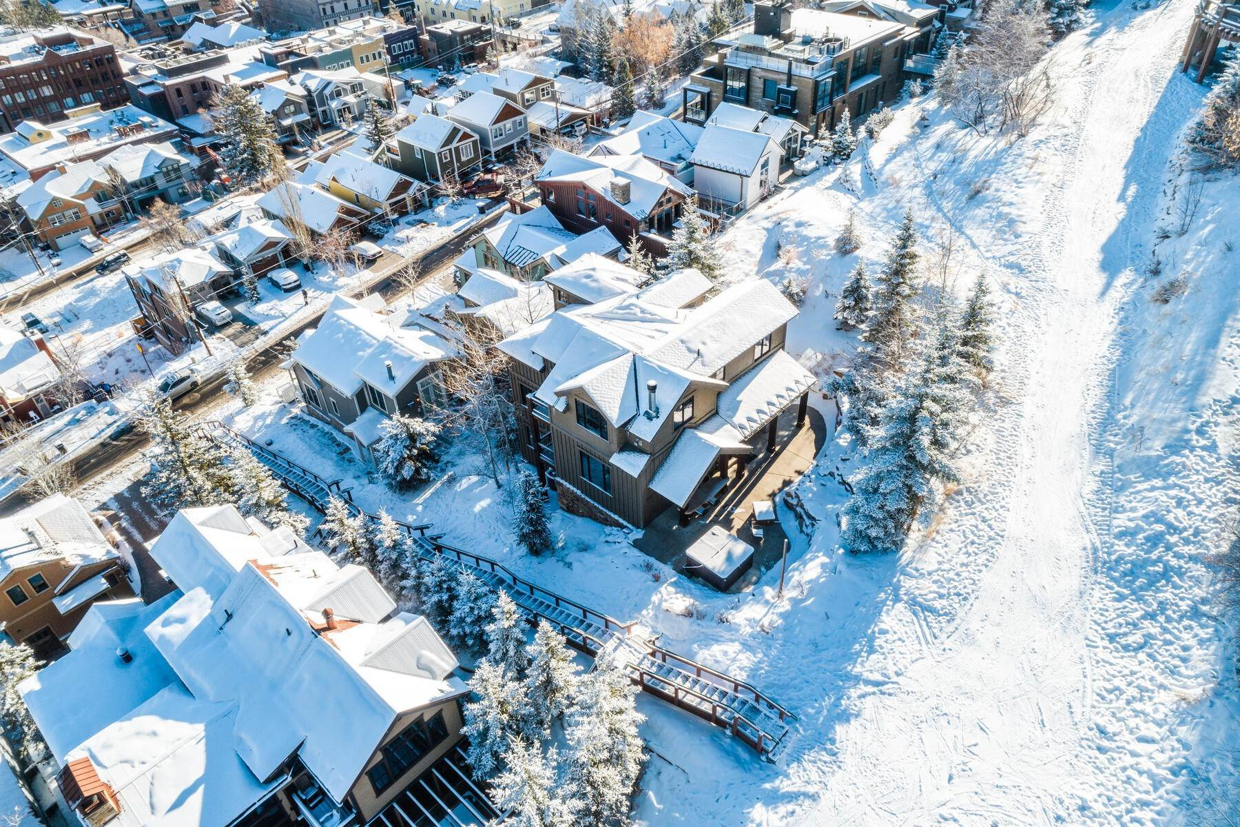"44. Single Family Homes for Sale at ""The Woodside Estate."" Old Town, Park City's Ultimate True Ski-In Residence. 561 Woodside Avenue Park City, Utah 84060 United States"