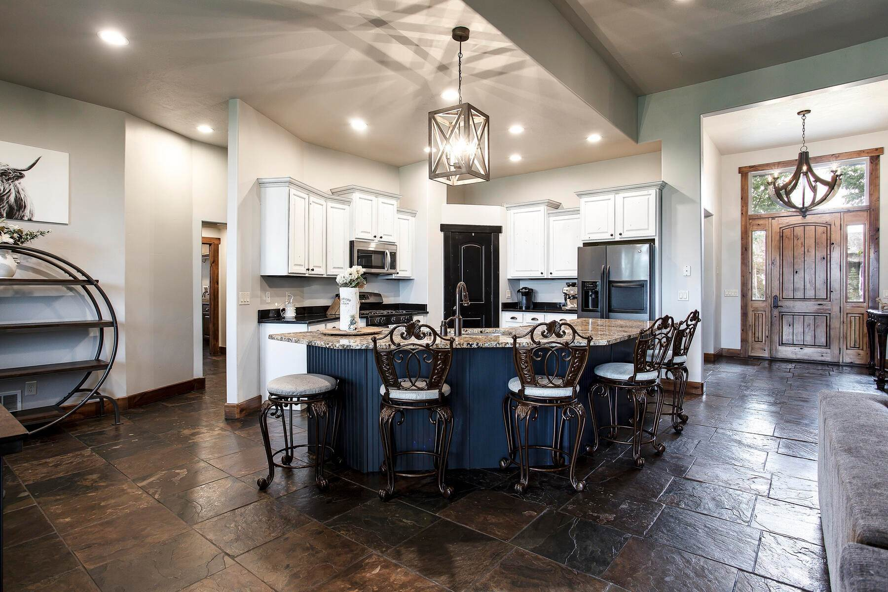 10. Single Family Homes for Sale at Expansive Home On One Acre in Oakley 5425 N Estates Ln Oakley, Utah 84055 United States