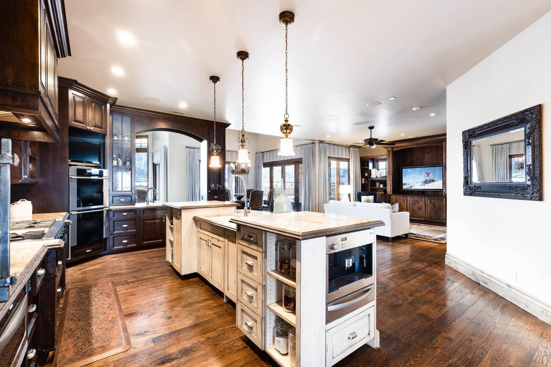 5. Single Family Homes for Sale at Rare Ranch Creek Estates Home Boasts over 3 Acres with Unparalleled Views 4400 N Ranch Creek Ln Park City, Utah 84098 United States