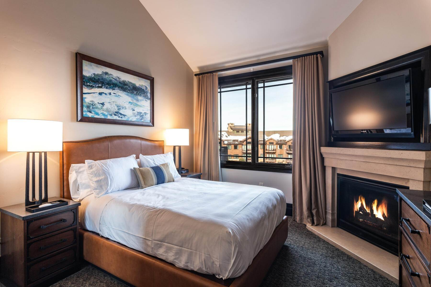 21. Condominiums for Sale at Only 4-Bedroom Available at Waldorf Astoria, Top Floor, Penthouse Unit 2100 W Frostwood Blvd, #7117 Park City, Utah 84098 United States