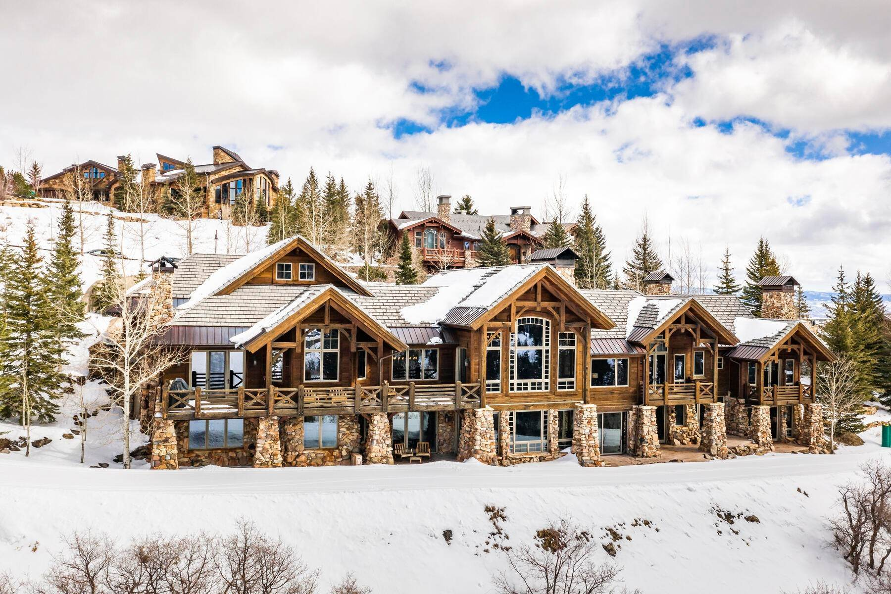 Single Family Homes for Sale at Classic Trestle Wood Timber Frame Deer Crest Ski-Home 10015 N Summit View Dr Heber, Utah 84032 United States