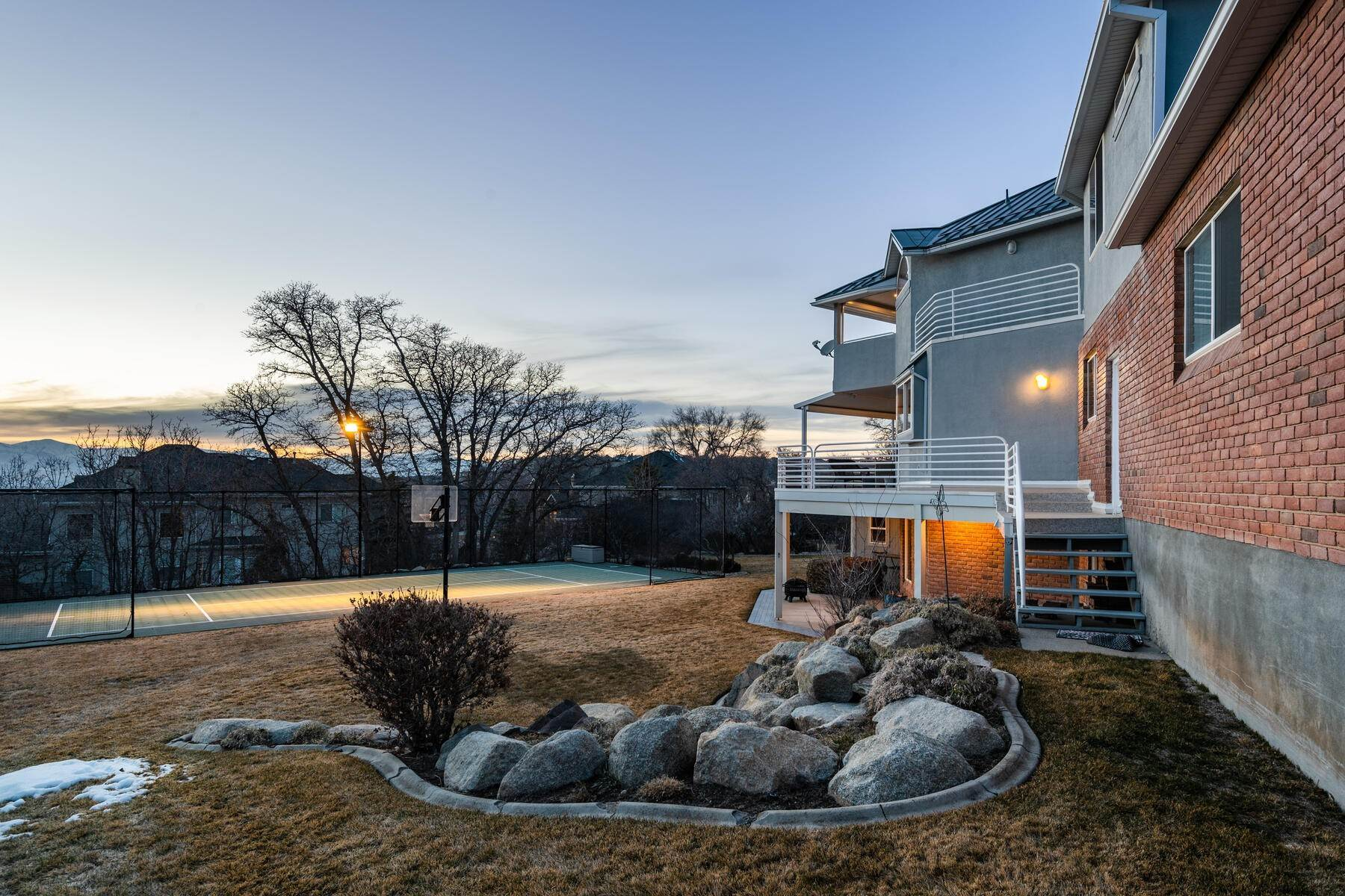 47. Single Family Homes for Sale at Beautiful 2-Story High up on Draper's East Bench 12464 S 1840 E Draper, Utah 84020 United States