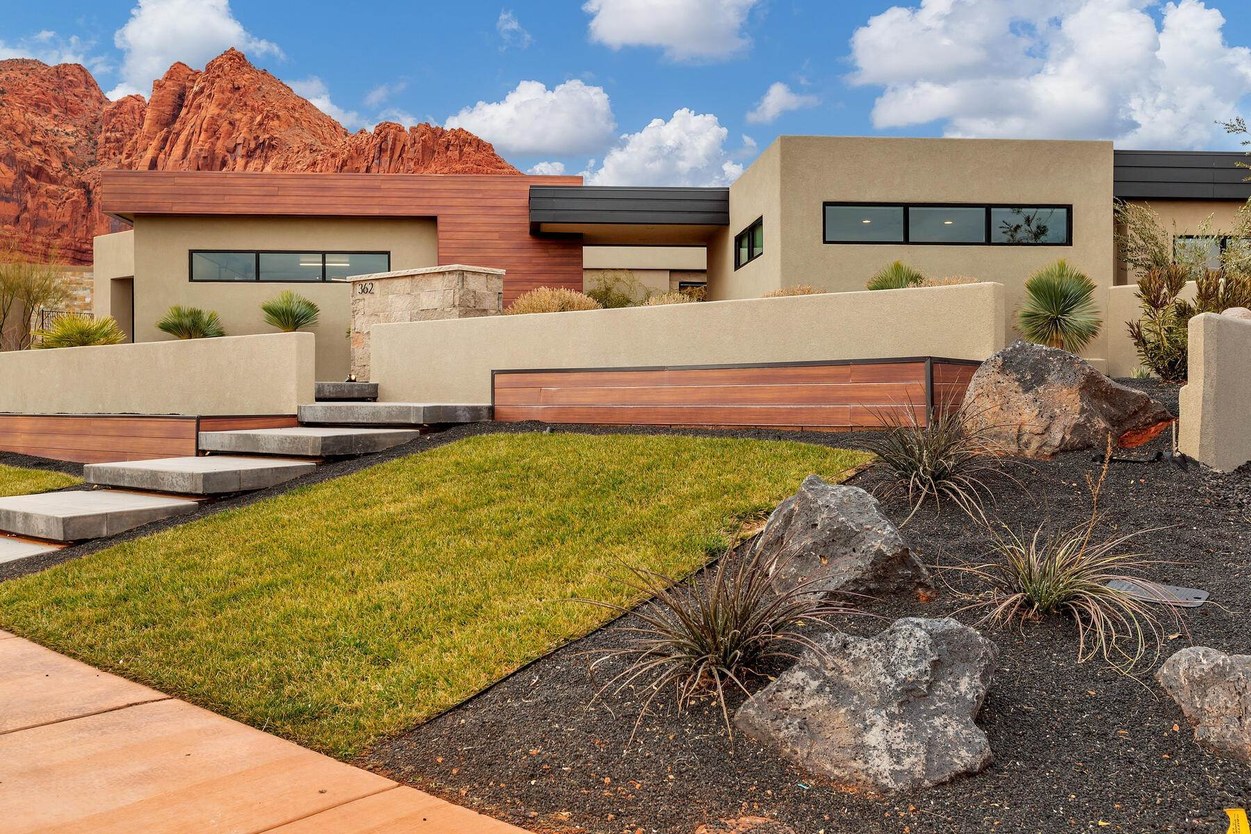 45. Single Family Homes for Sale at Modern Luxury Living In Snow Canyon 362 N Turtle Point Dr Ivins, Utah 84738 United States
