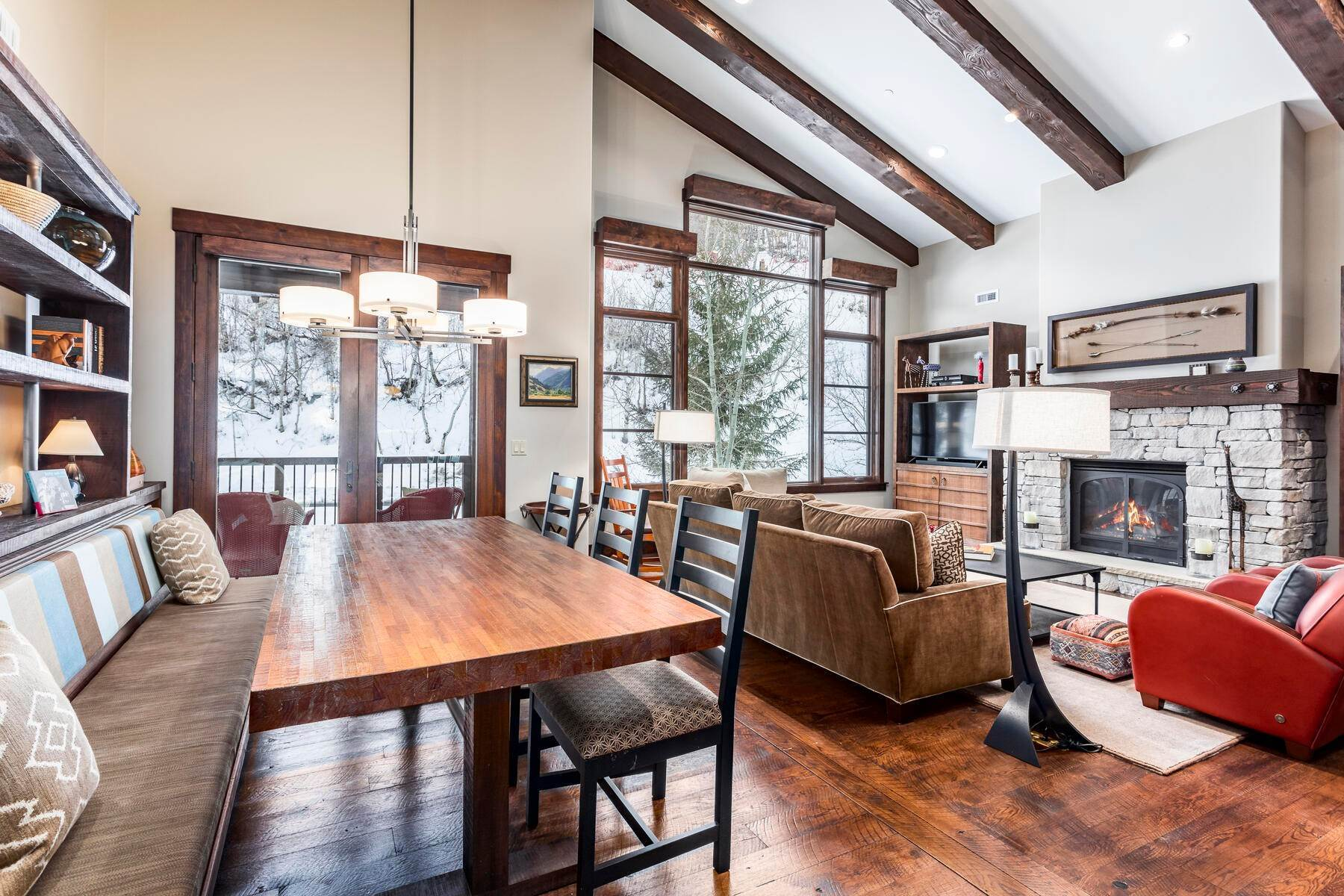 14. Condominiums for Sale at Silver Star's Rarest 3 Bedroom Stacked Flat 1825 Three Kings Dr #4303 Park City, Utah 84060 United States