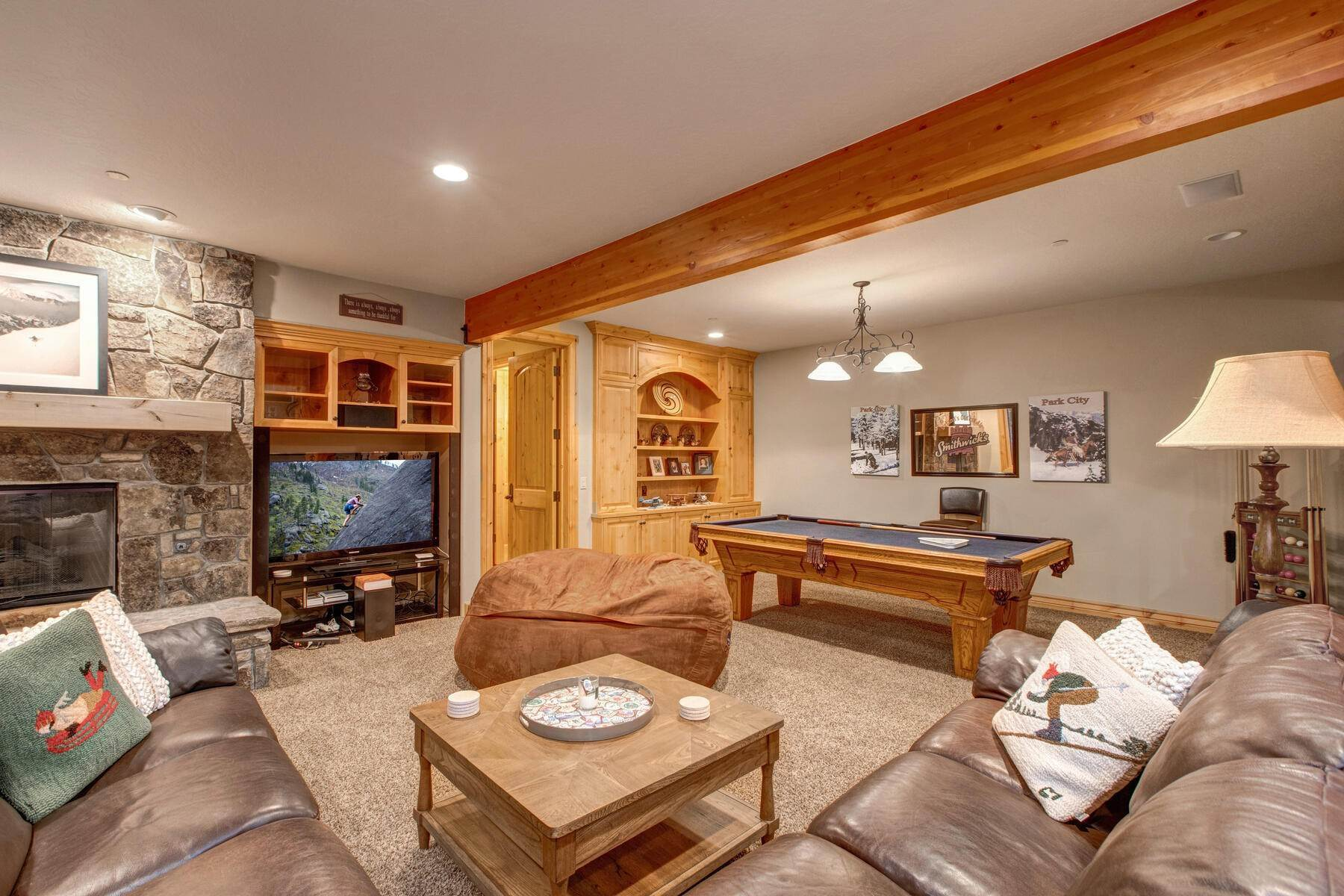 24. Single Family Homes for Sale at Your Private Oasis in the Heart of Park City 2692 Ruminant Road Park City, Utah 84060 United States