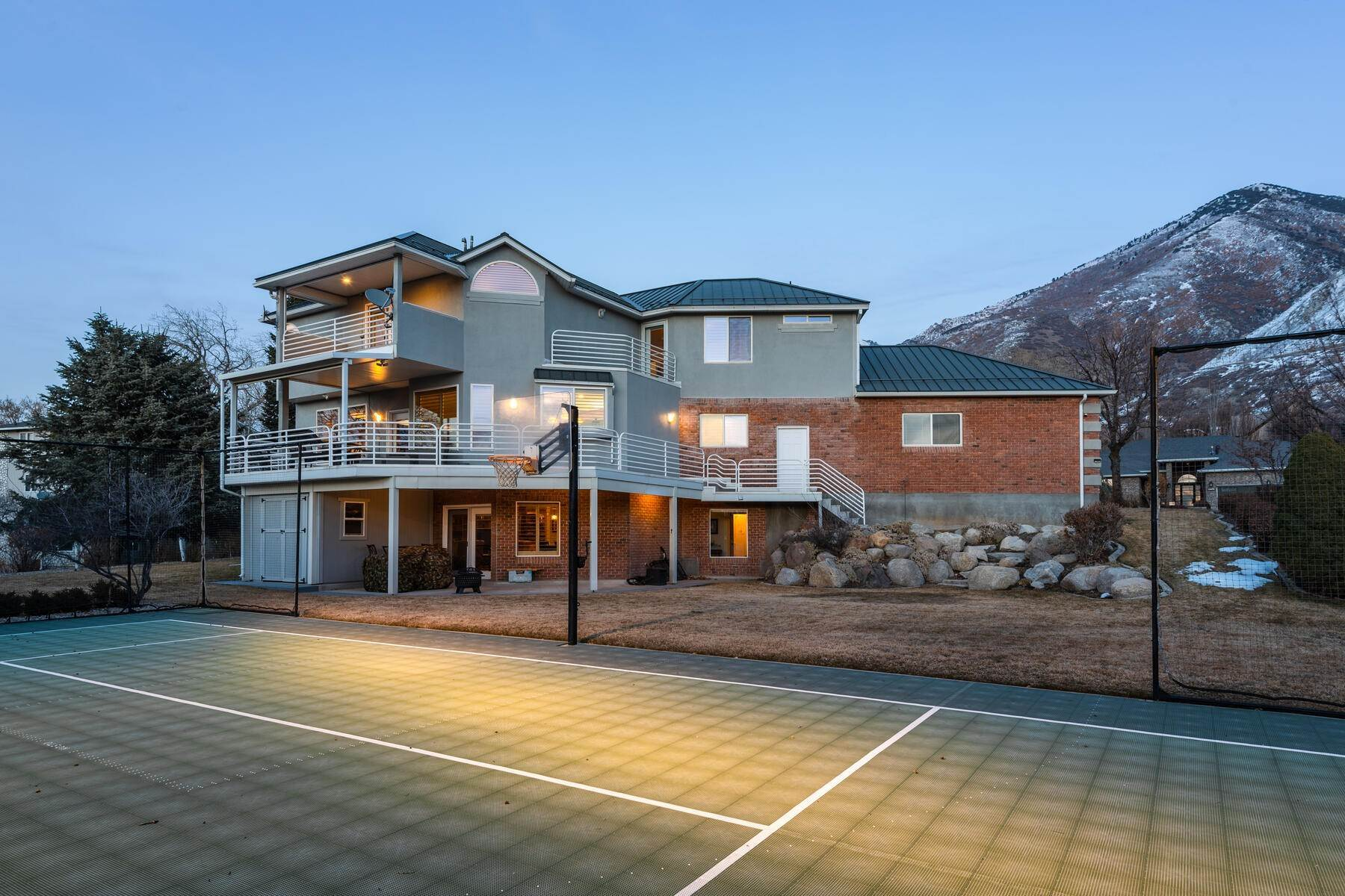 3. Single Family Homes for Sale at Beautiful 2-Story High up on Draper's East Bench 12464 S 1840 E Draper, Utah 84020 United States