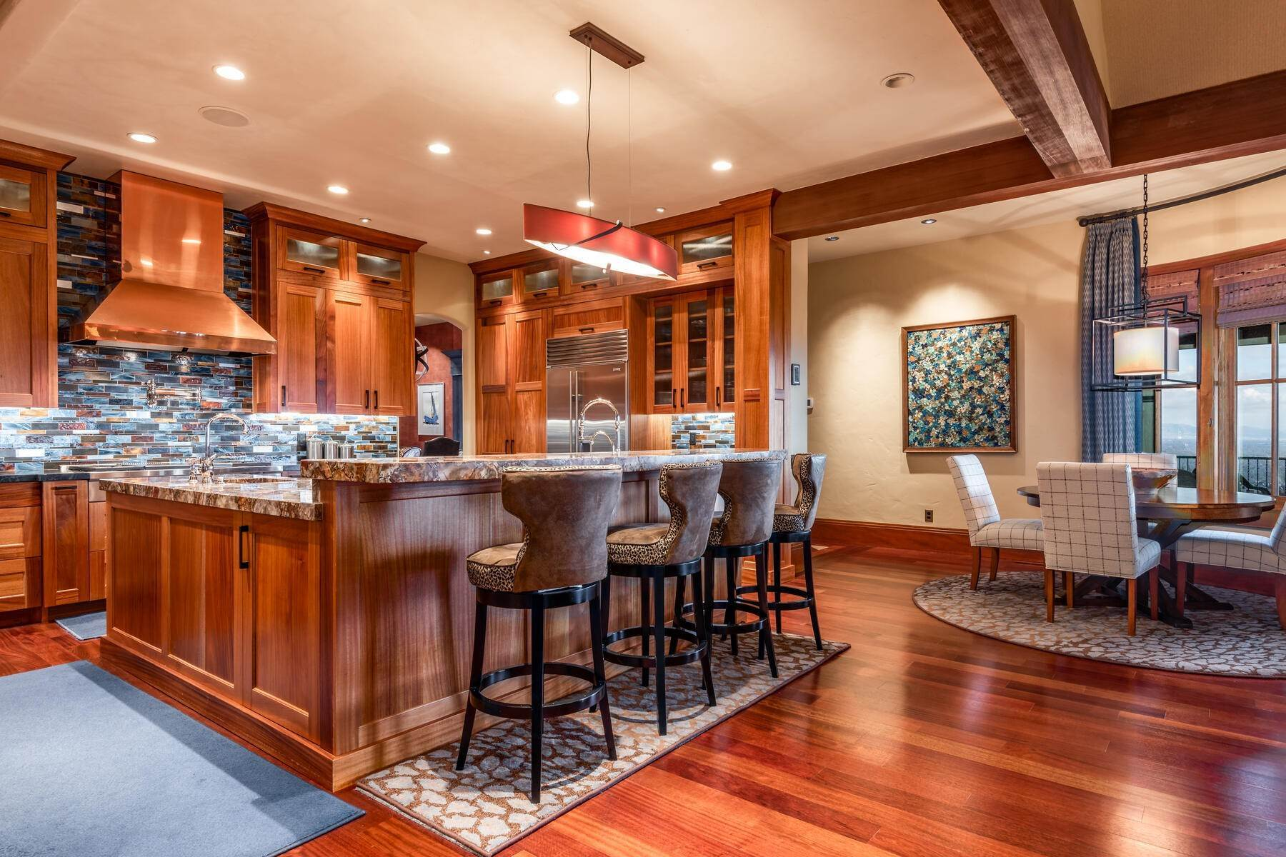 11. Single Family Homes for Sale at Stunning Hilltop Estate in Capitol Park 343 Red Brick Ct Salt Lake City, Utah 84103 United States