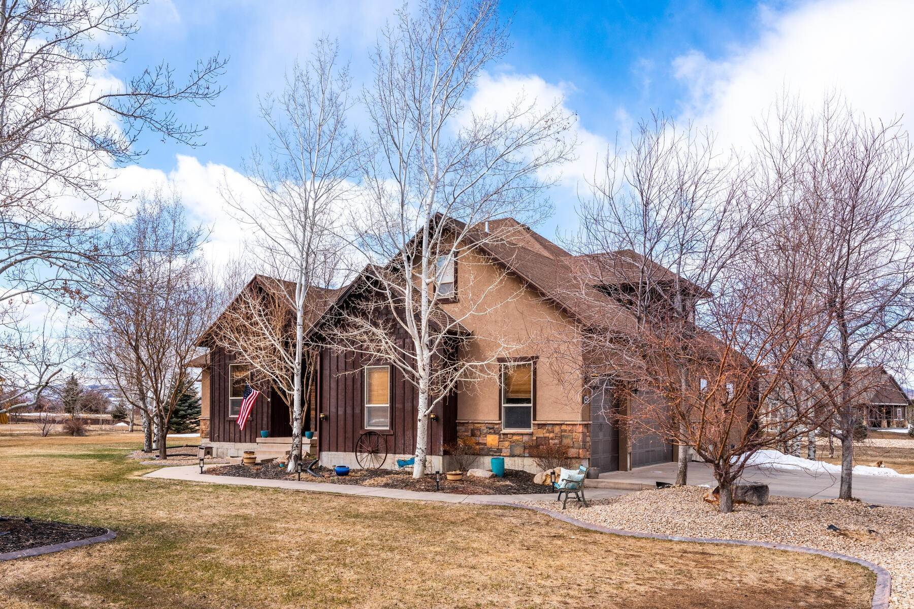 Single Family Homes for Sale at Expansive Home On One Acre in Oakley 5425 N Estates Ln Oakley, Utah 84055 United States