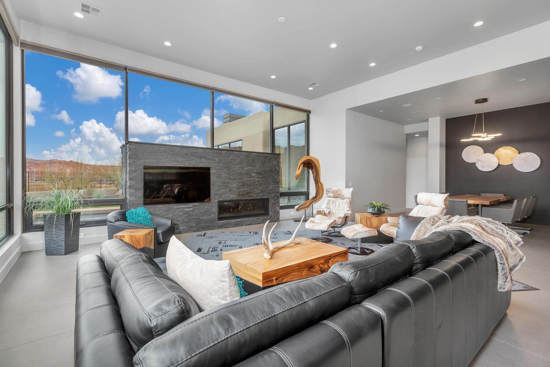 4. Single Family Homes for Sale at Modern Luxury Living In Snow Canyon 362 N Turtle Point Dr Ivins, Utah 84738 United States