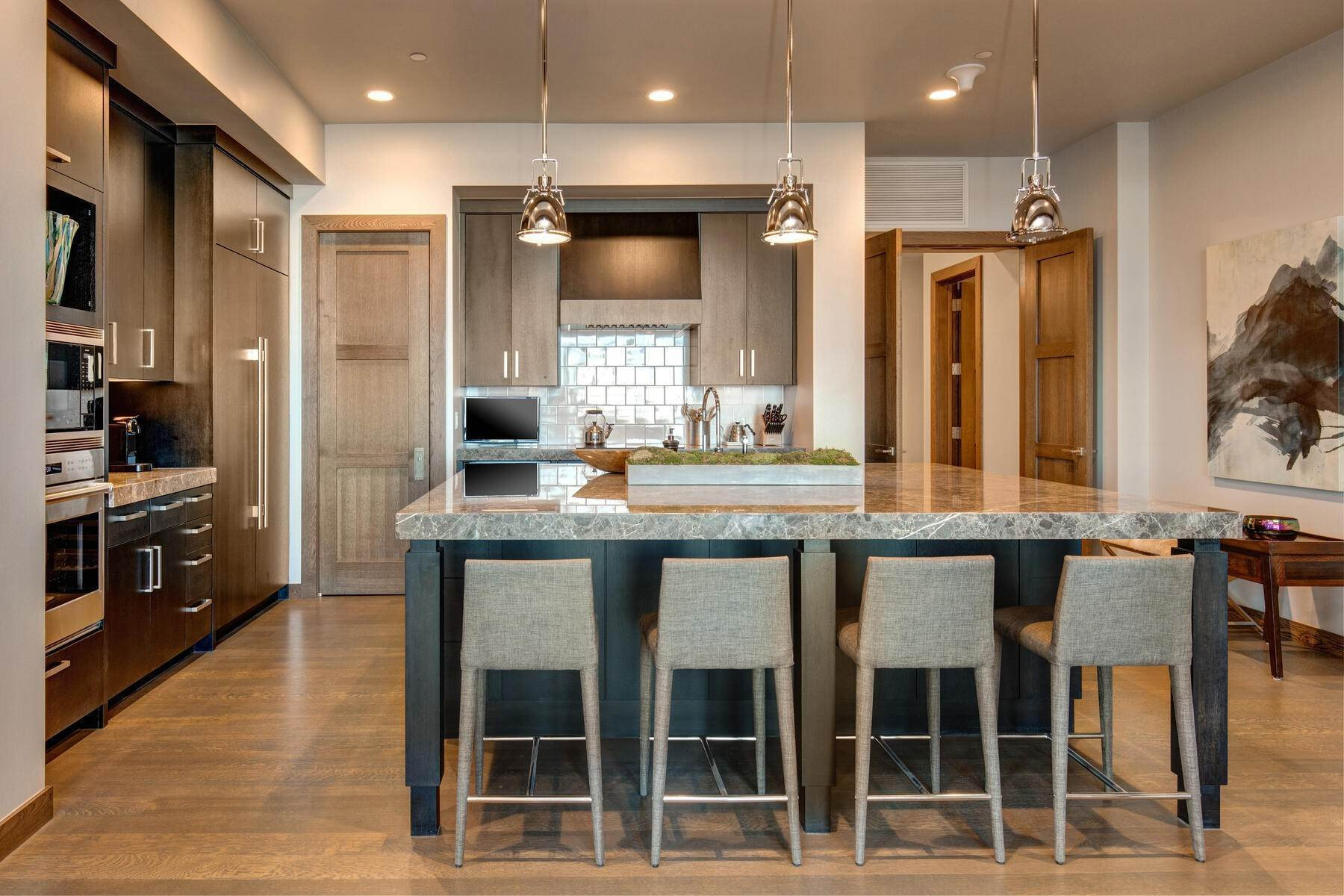 12. Condominiums for Sale at Ski-In Ski-Out Alpine Luxury Living at Stein Eriksen Residences 6702 Stein Circle #131 Park City, Utah 84060 United States