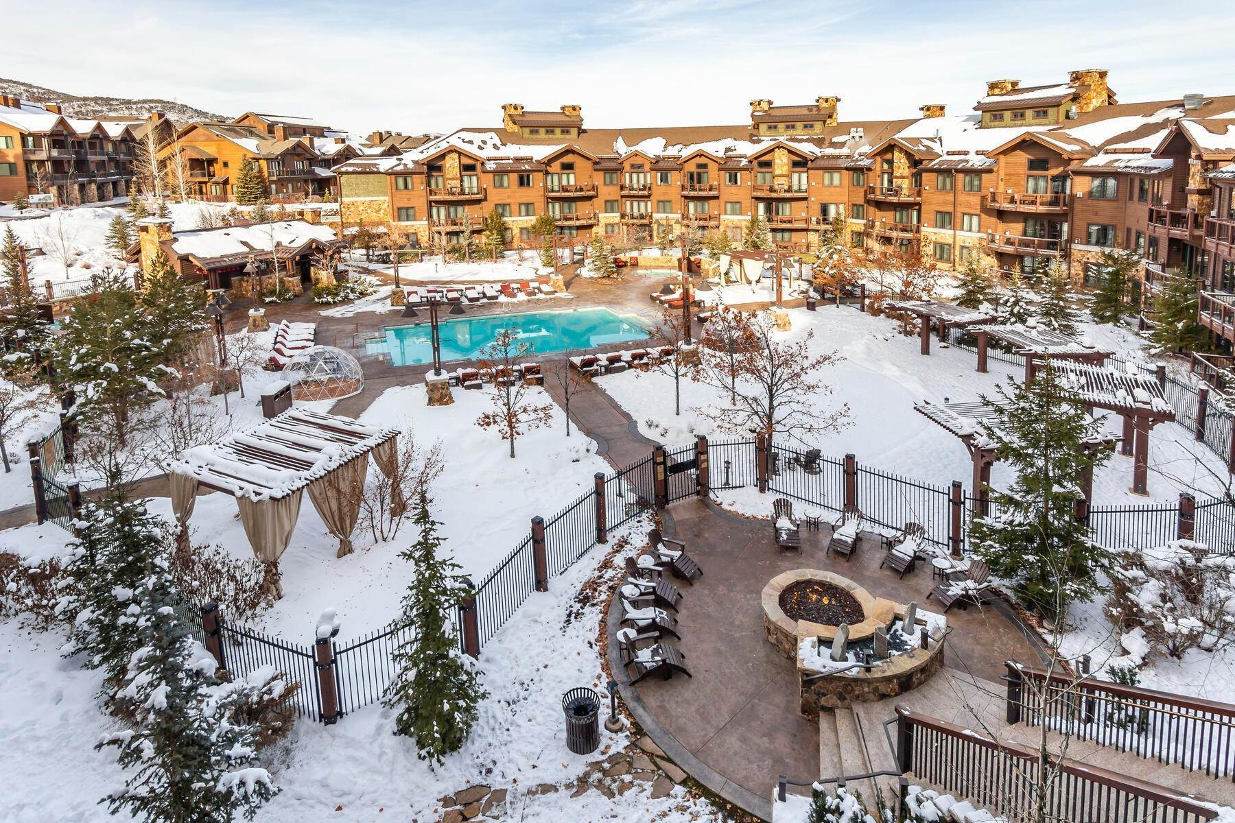 31. Condominiums for Sale at Only 4-Bedroom Available at Waldorf Astoria, Top Floor, Penthouse Unit 2100 W Frostwood Blvd, #7117 Park City, Utah 84098 United States