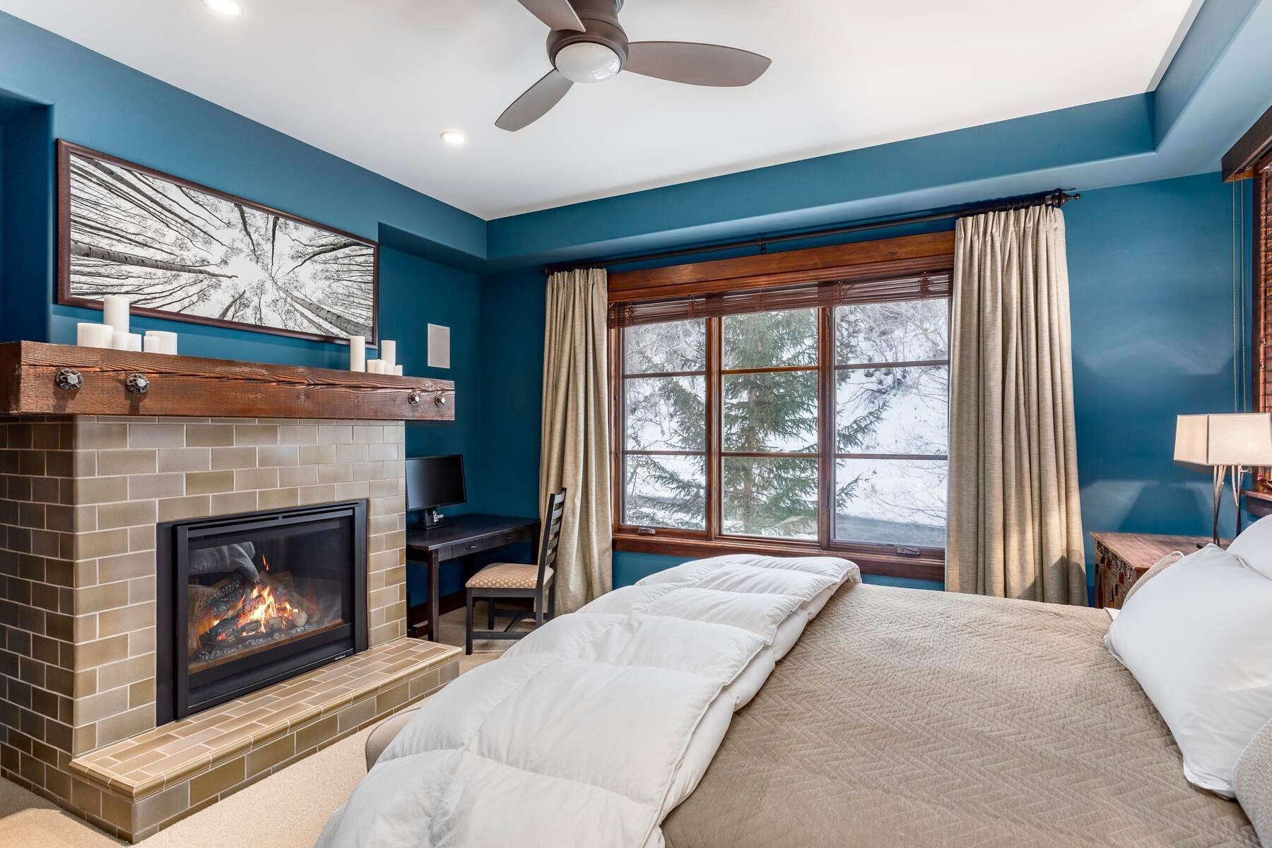 24. Condominiums for Sale at Silver Star's Rarest 3 Bedroom Stacked Flat 1825 Three Kings Dr #4303 Park City, Utah 84060 United States