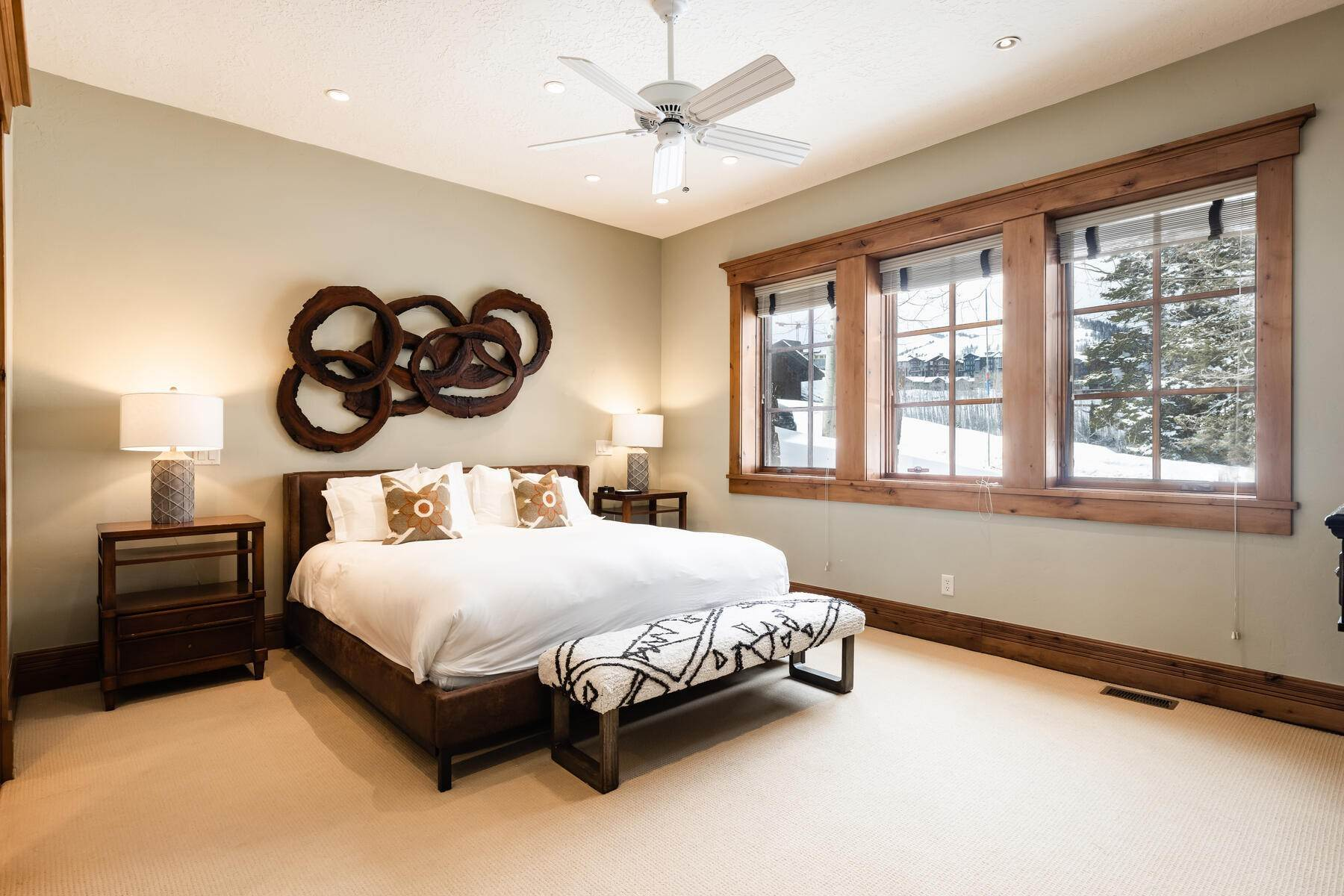 22. townhouses for Sale at Ideally Located and Luxuriously Appointed Lookout at Deer Valley 6565 Lookout Dr #22 Park City, Utah 84060 United States