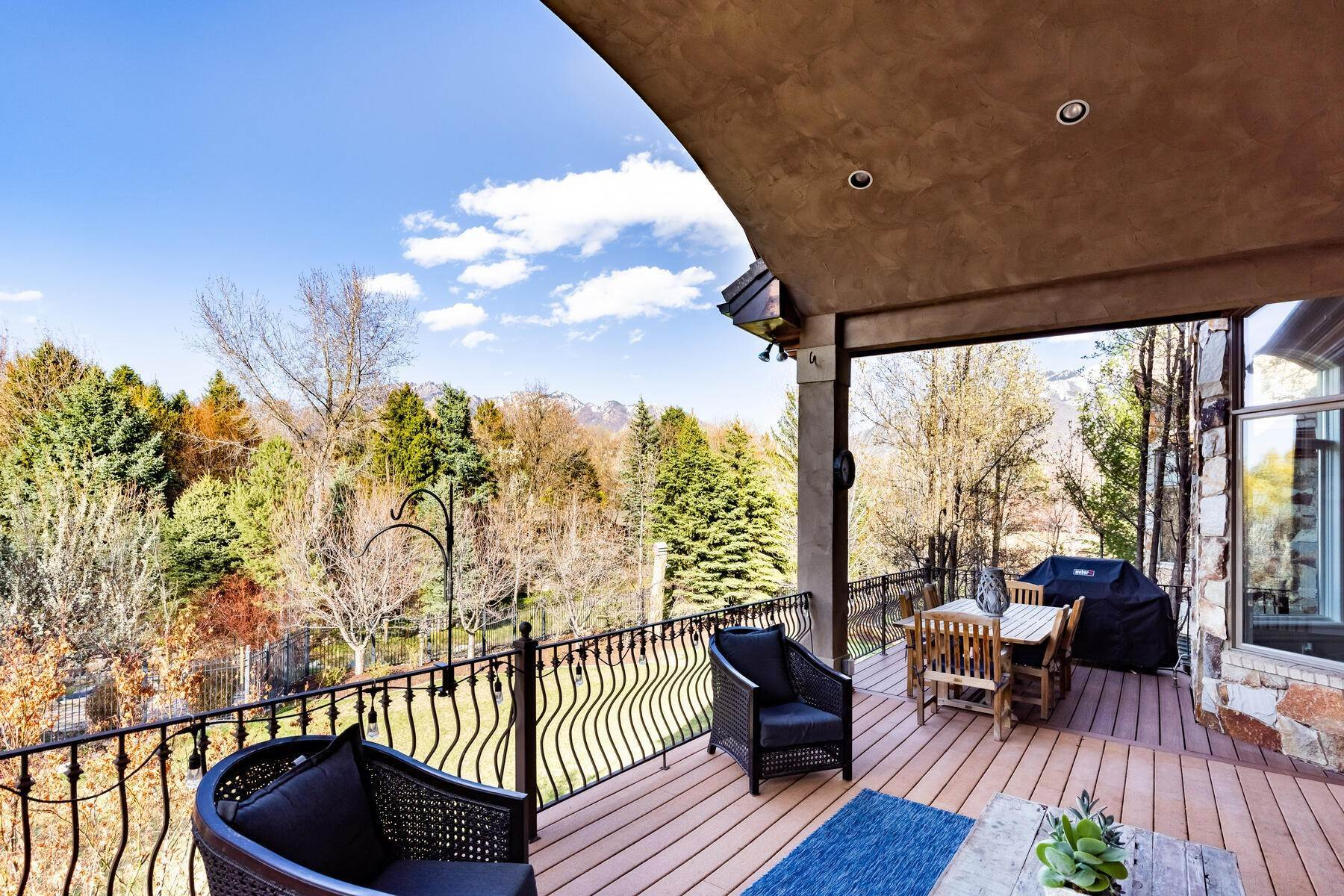 25. Single Family Homes for Sale at Beautiful Riverfront Estate 1937 E Siesta Dr Sandy, Utah 84093 United States