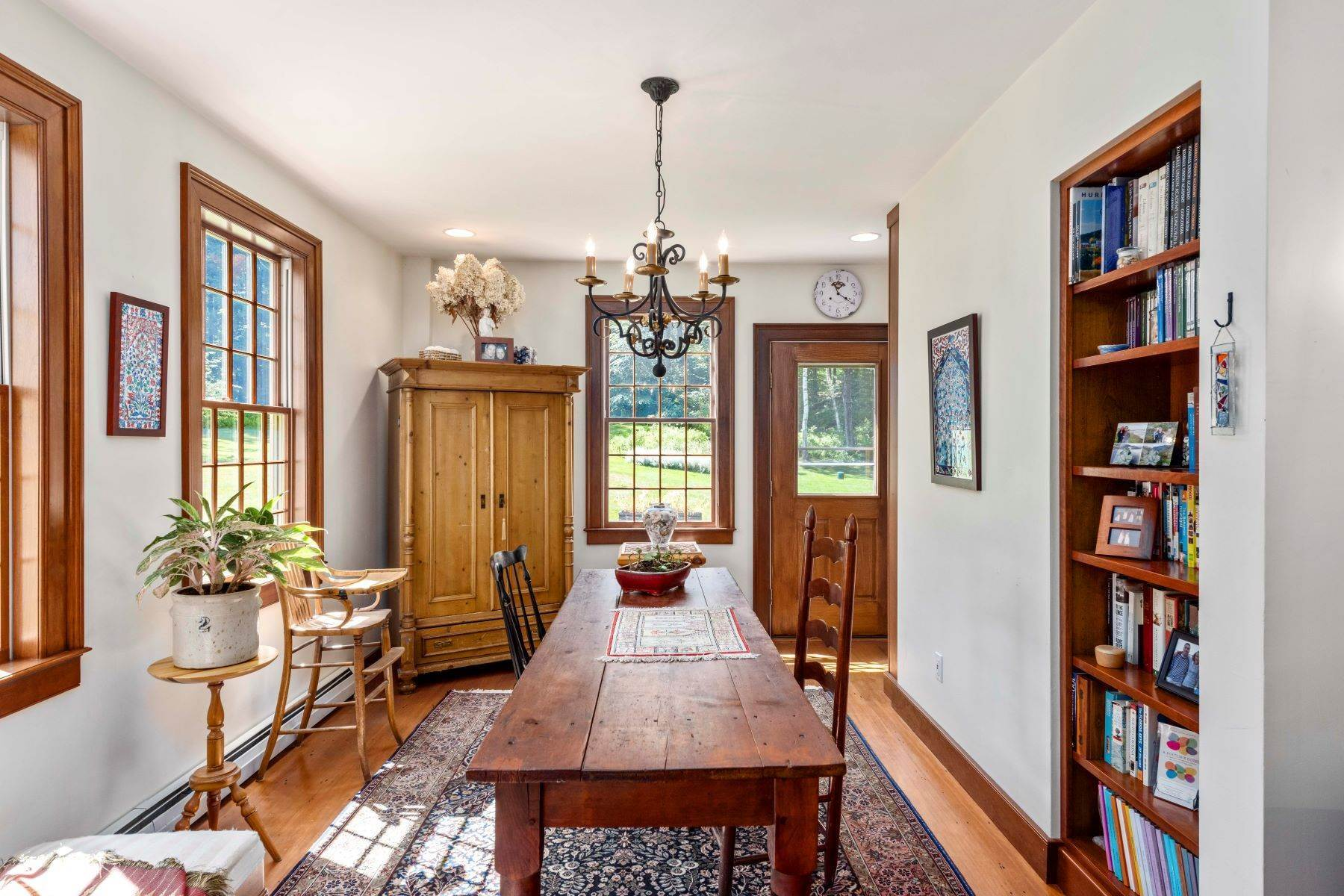13. Single Family Homes for Sale at Spectacular Country Estate 28 Loomis Road Lebanon, New Hampshire 03766 United States