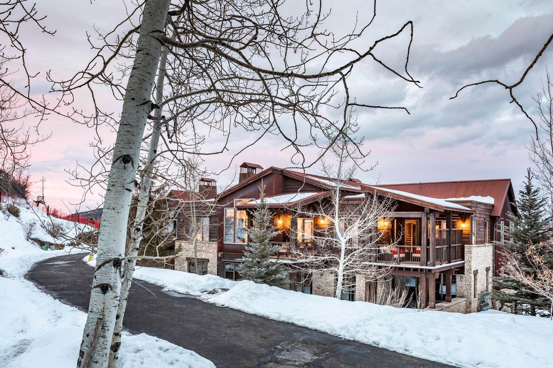 47. Condominiums for Sale at Silver Star's Rarest 3 Bedroom Stacked Flat 1825 Three Kings Dr #4303 Park City, Utah 84060 United States