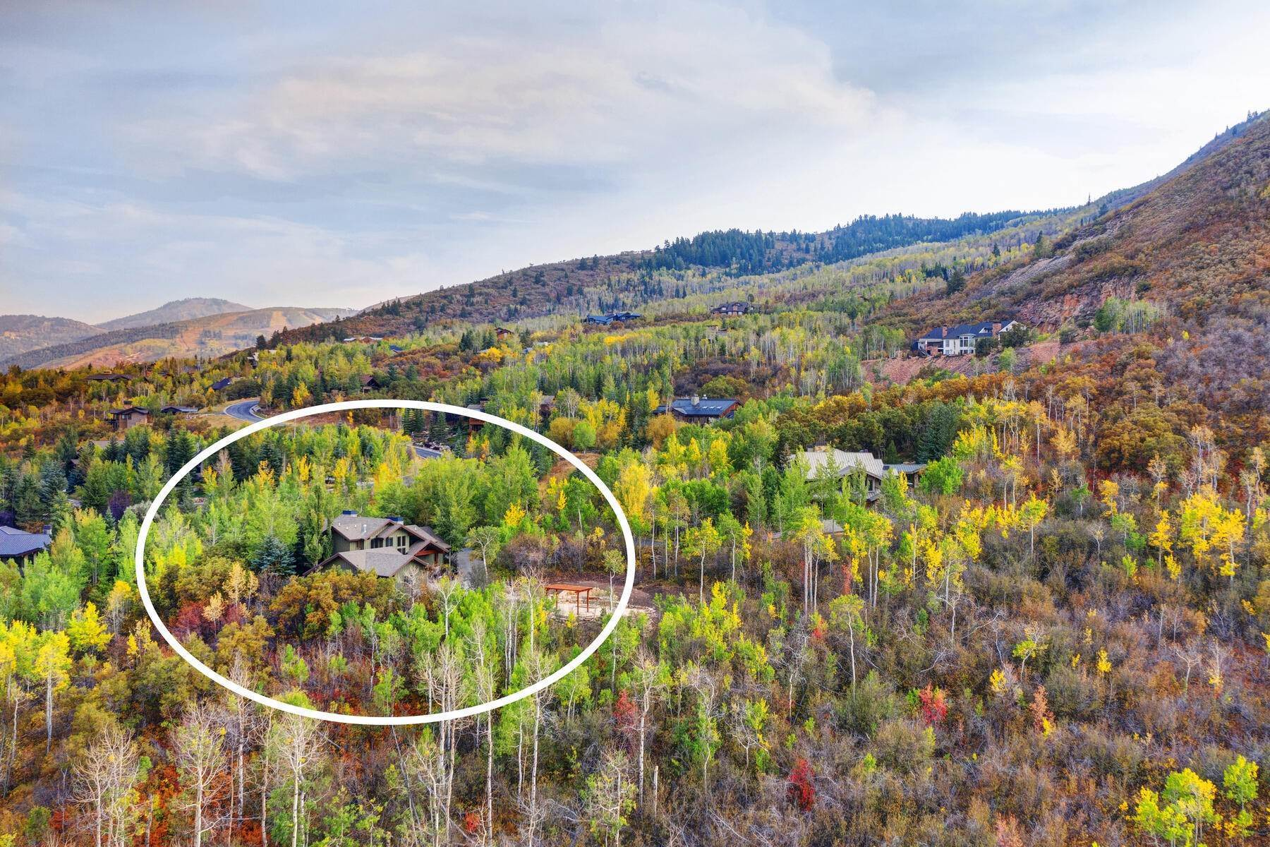 48. Single Family Homes for Sale at Your Private Oasis in the Heart of Park City 2692 Ruminant Road Park City, Utah 84060 United States
