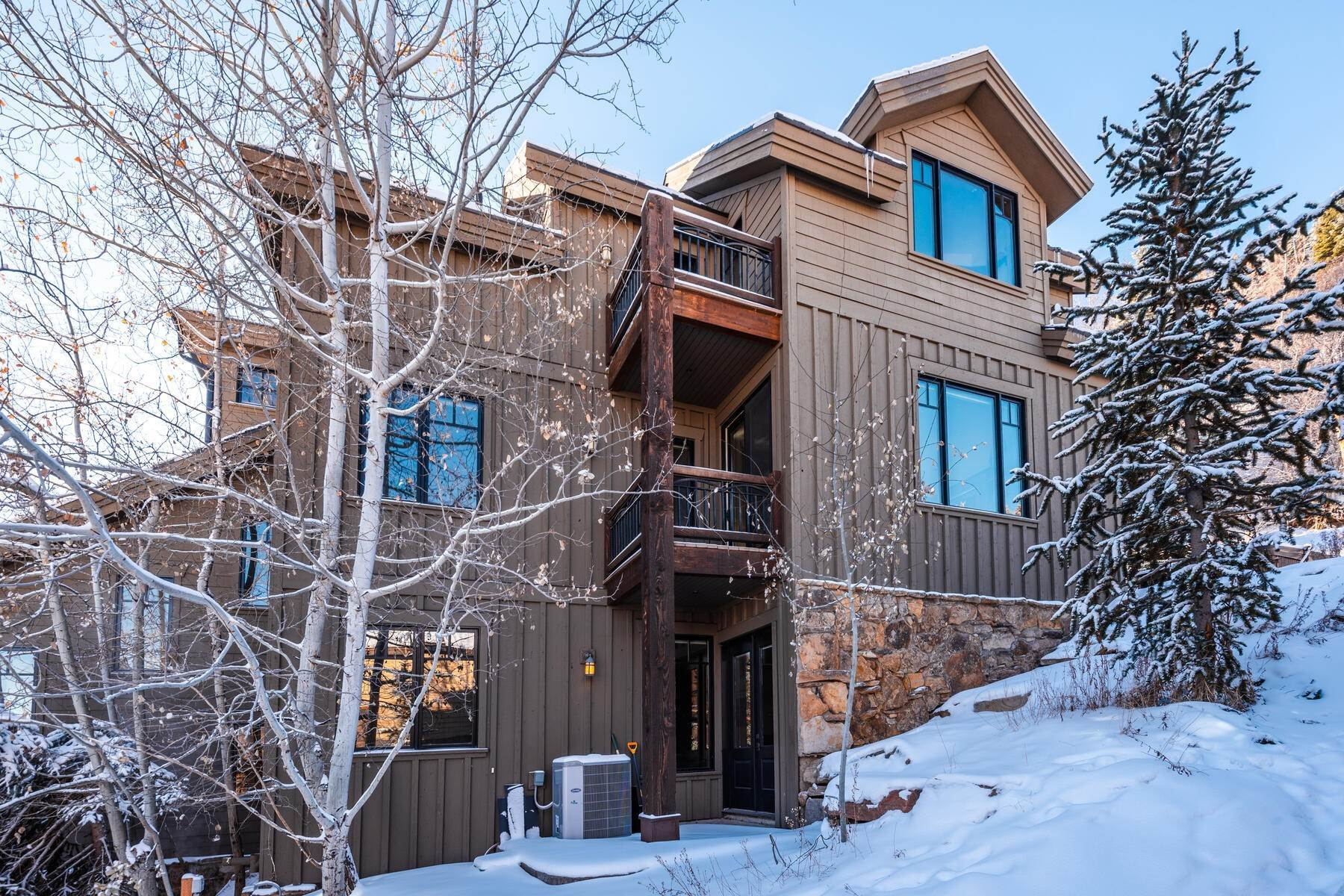 "36. Single Family Homes for Sale at ""The Woodside Estate."" Old Town, Park City's Ultimate True Ski-In Residence. 561 Woodside Avenue Park City, Utah 84060 United States"